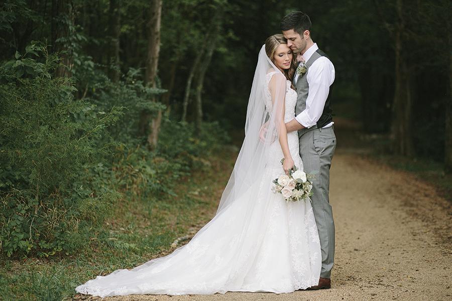 Vineyard Wedding // Franklin, TN Wedding Flowers