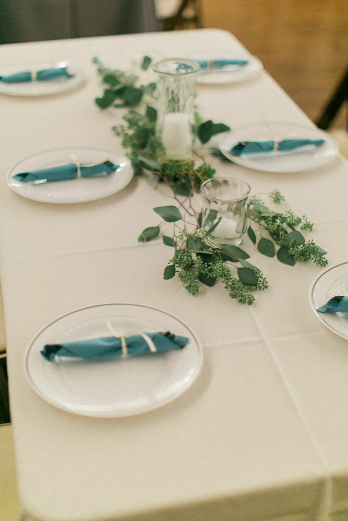 Seeded Eucalyptus garland for table runner
