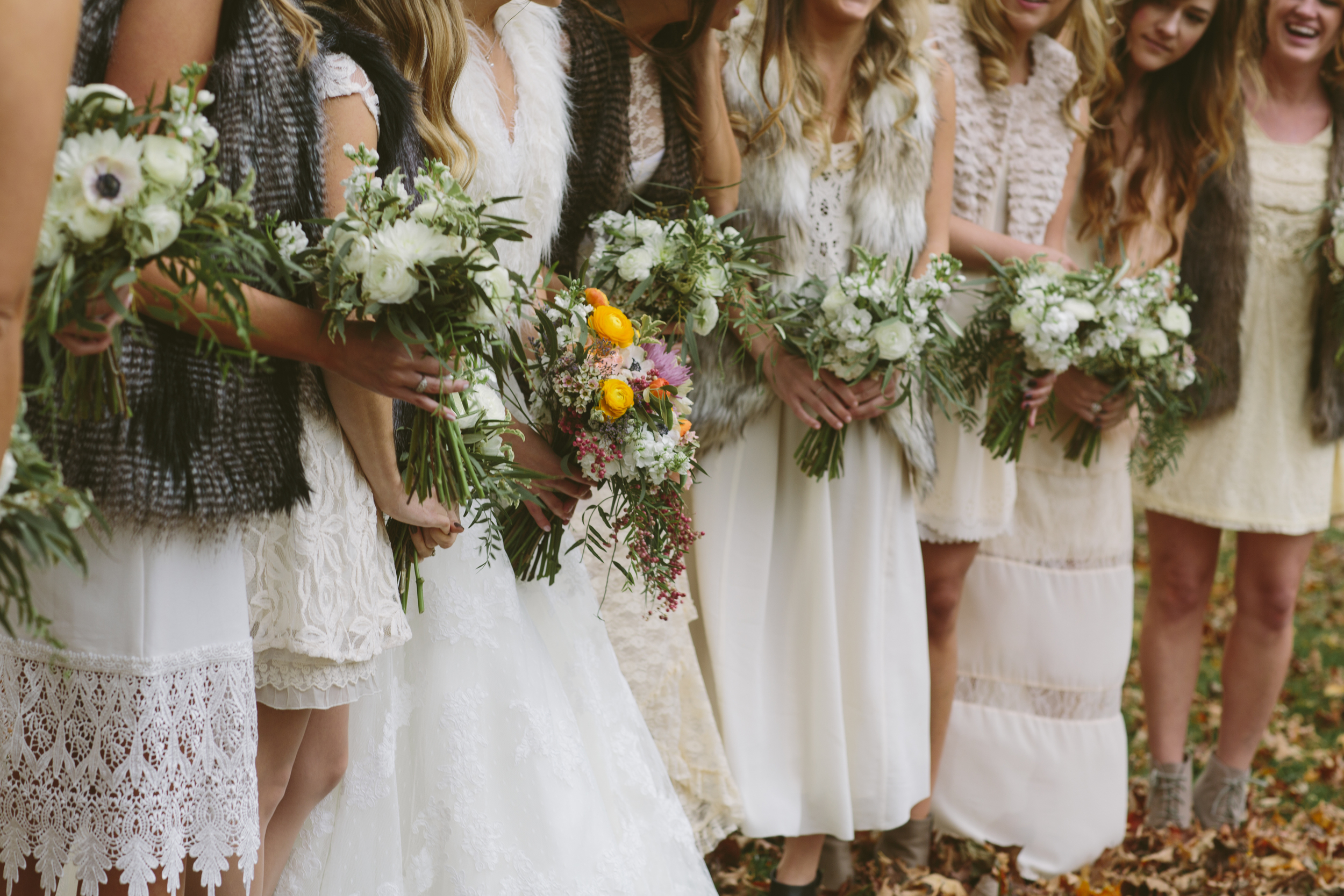 Natural, wild bouquets, bridesmaids in fur coats // Fall Wedding Flowers