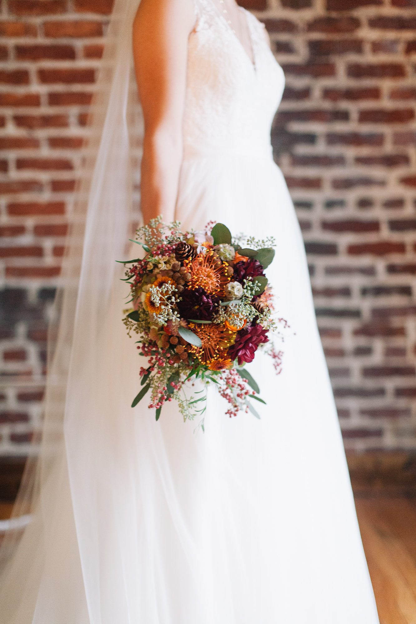 Nashville Wedding // Cannery One // Fall Bride's Bouquet