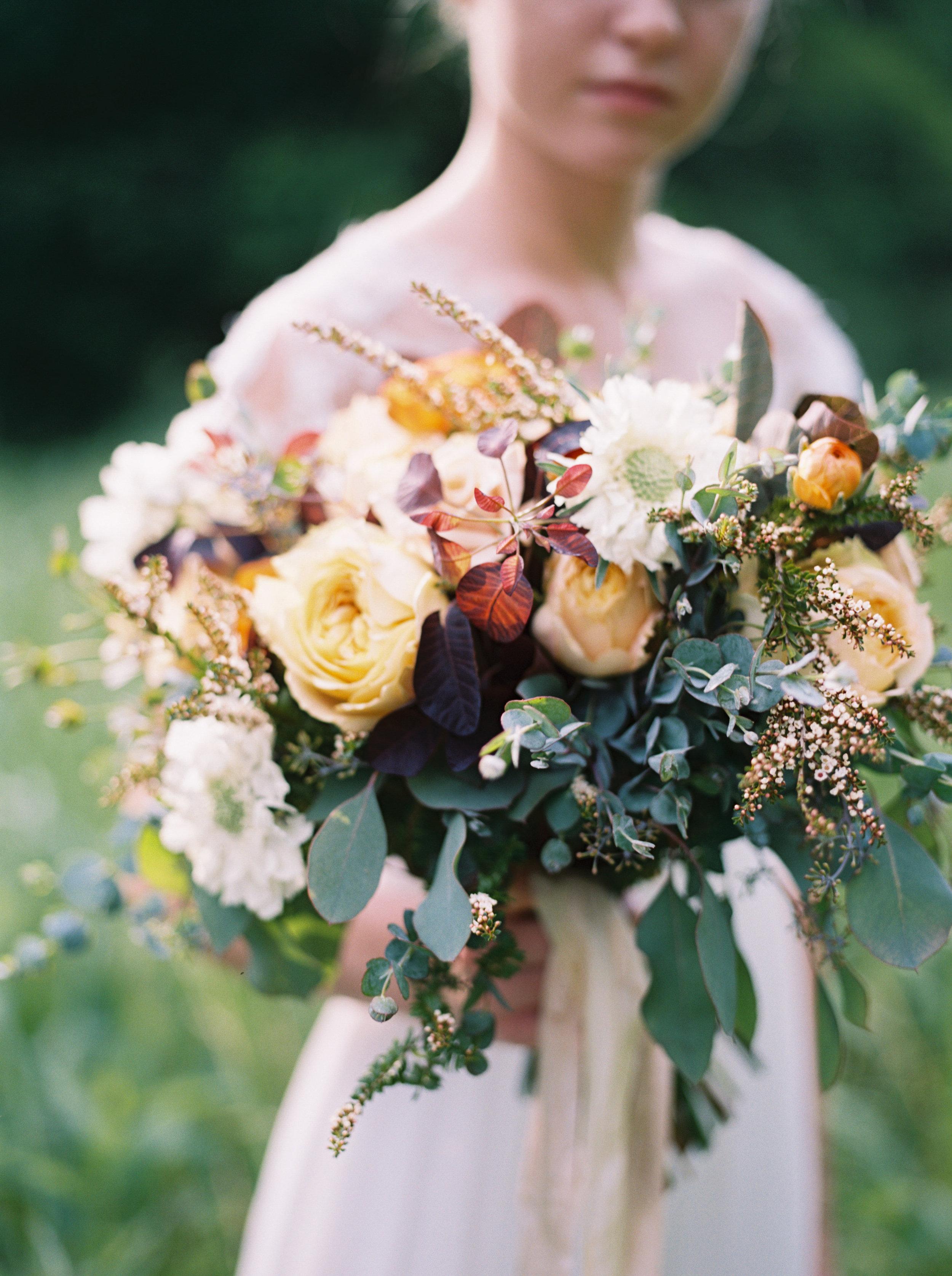 Golden garden roses, orange ranunculus, loose greenery // Nashville Wedding Bride's Bouquet