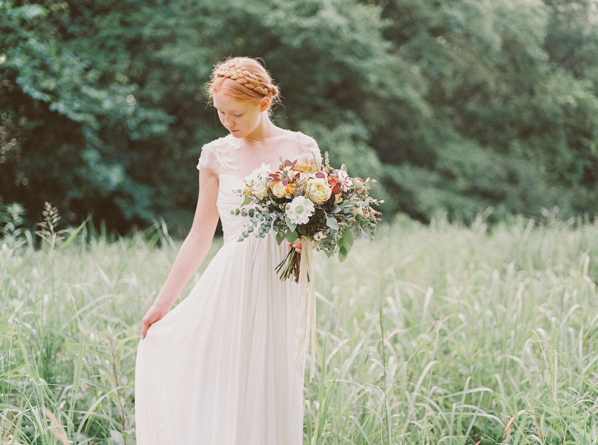 Earth toned bridal bouquet // Nashville Event Florist
