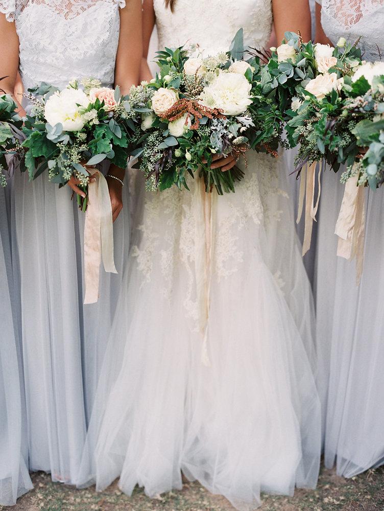 Loose, natural floral design // Nashville Garden Wedding