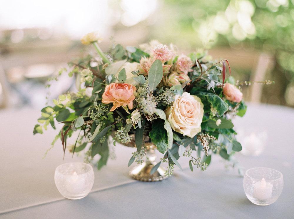Loose, untamed centerpiece // Nashville Upscale Wedding Floral Design