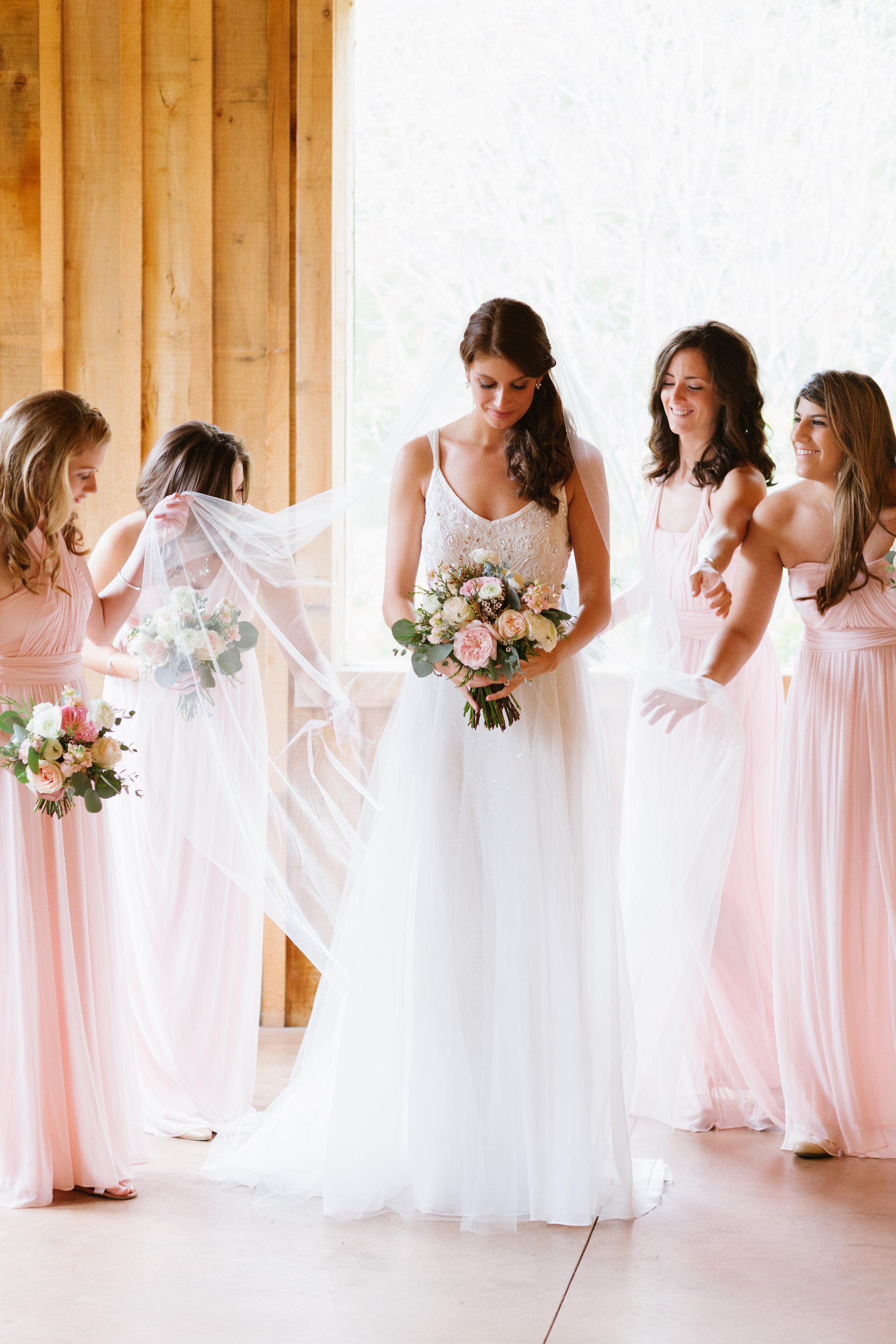 Bride Getting Ready // Natural Floral Design // Upscale Florist