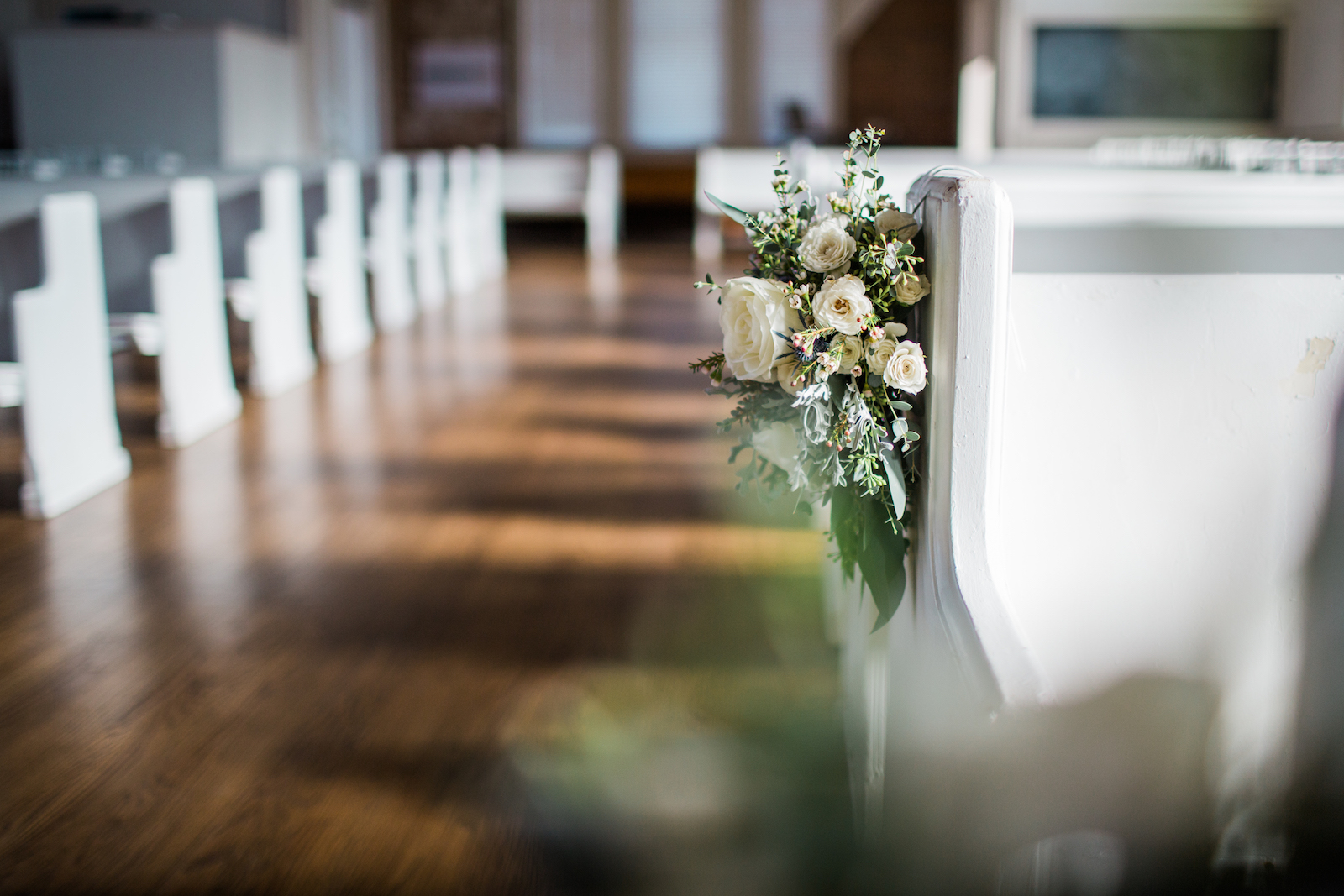 Loose, organic pew markers // Southern Wedding Floral Design