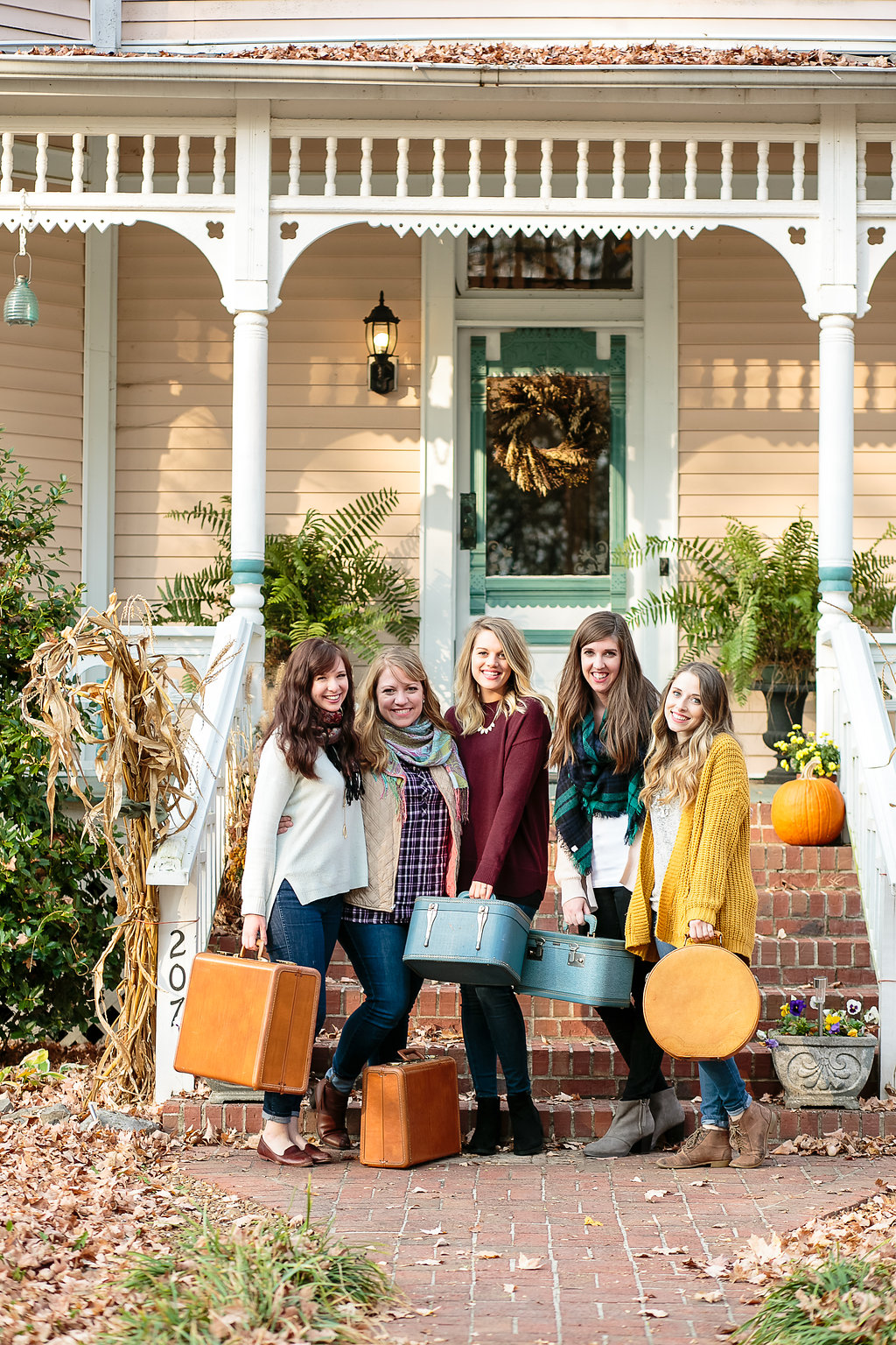 Gilmore Girls Bachelorette Weekend Inspiration // Nashville Florist