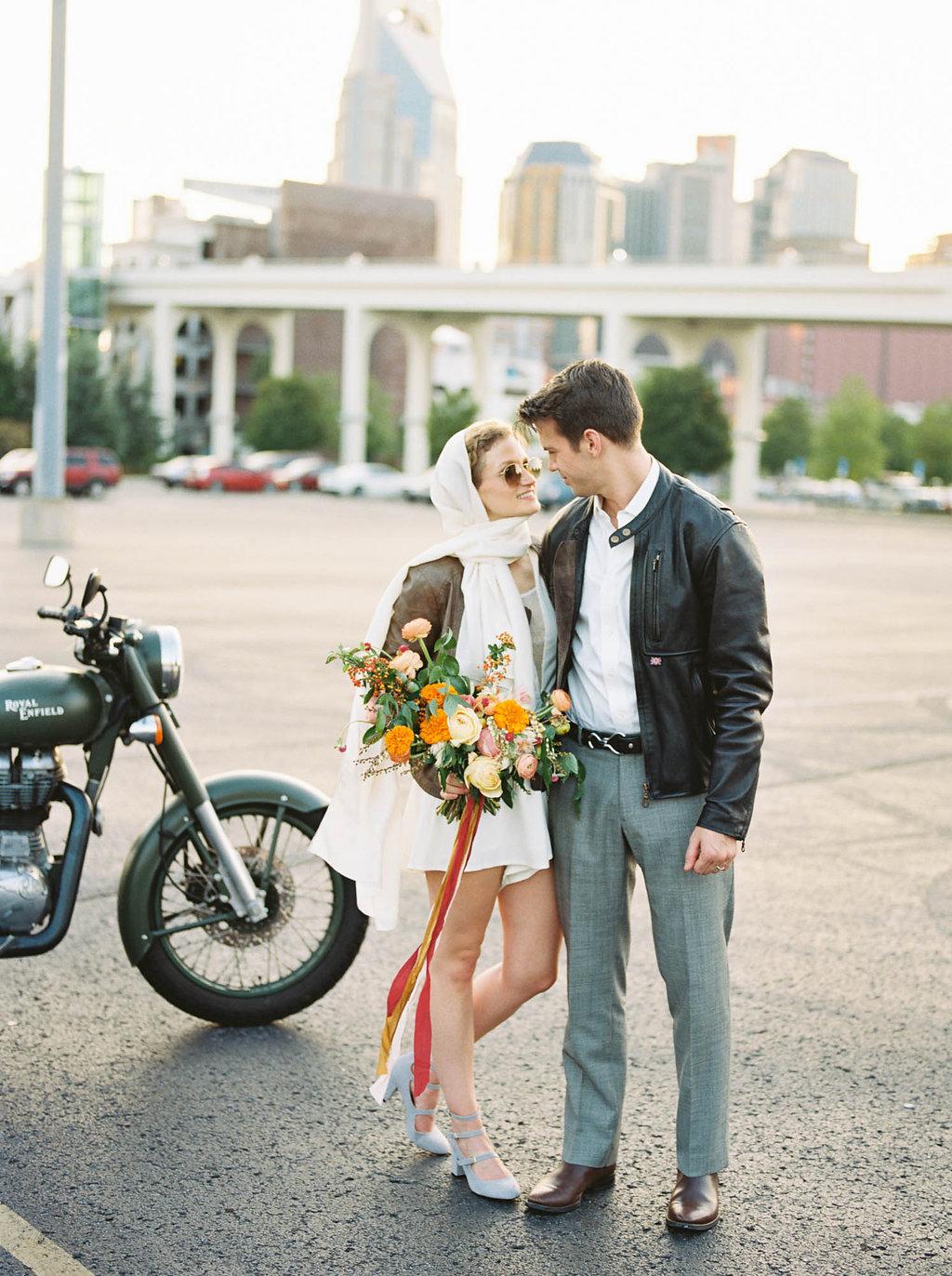 Retro elopement wedding inspiration // Nashville Wedding Florist
