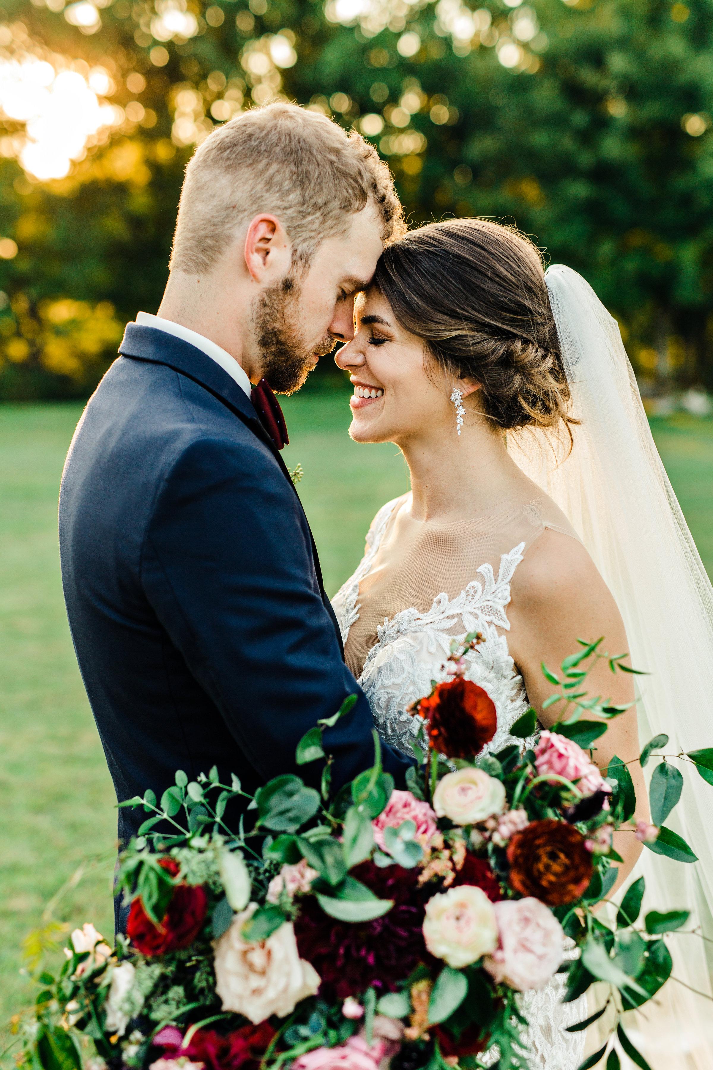 Natural wedding floral design in Nashville