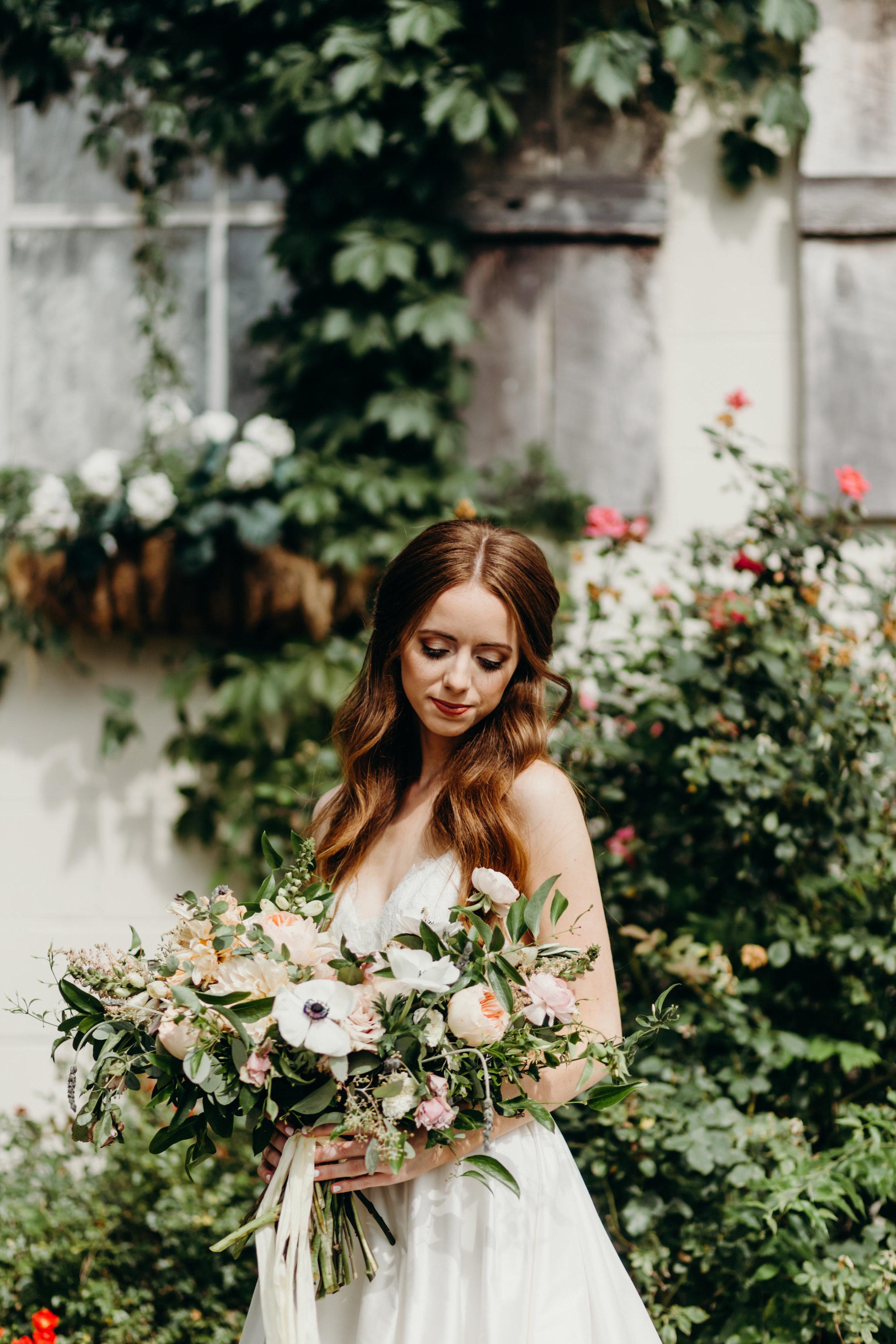 Tuscan inspired bridal portraits // Nashville Wedding Florist