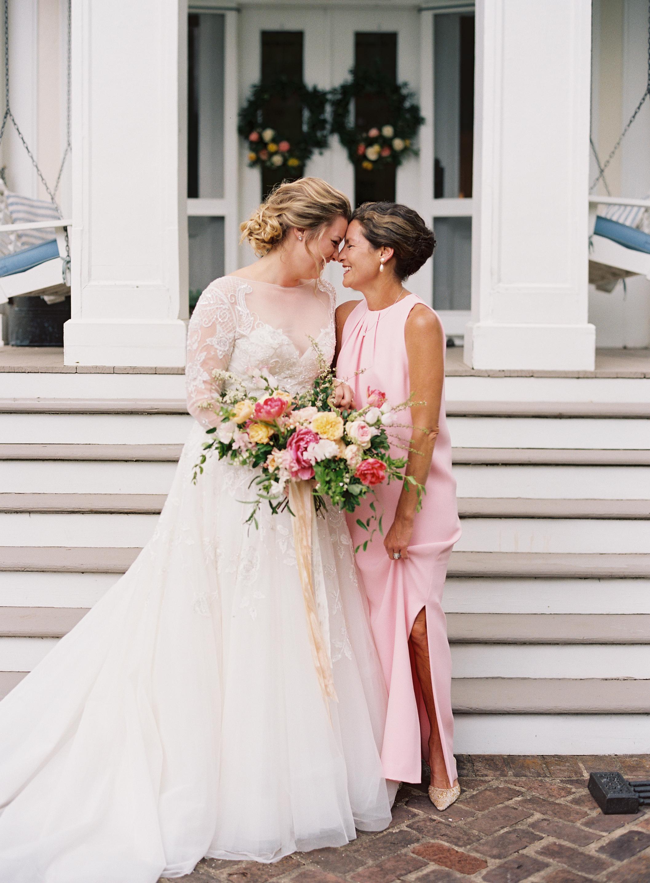 Mother daughter moment // Nashville Wedding Floral Designer