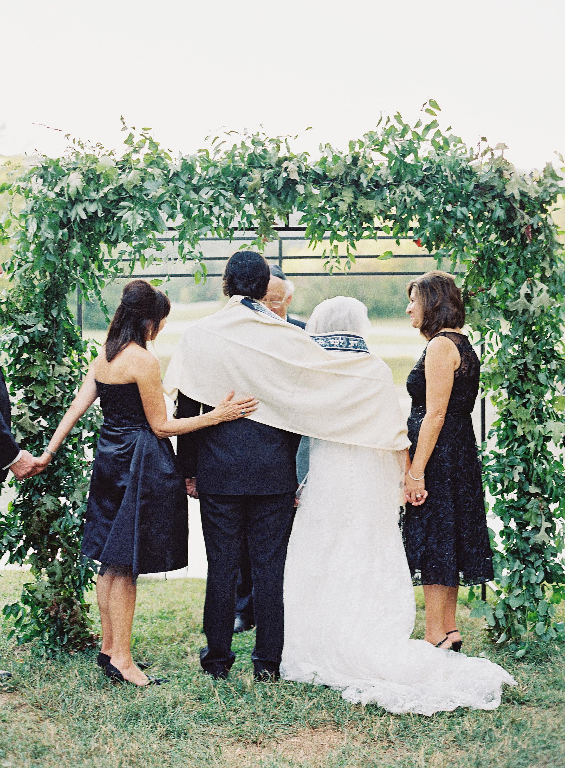 Jewish Wedding Tradition // Blackberry Farm Wedding Floral Design