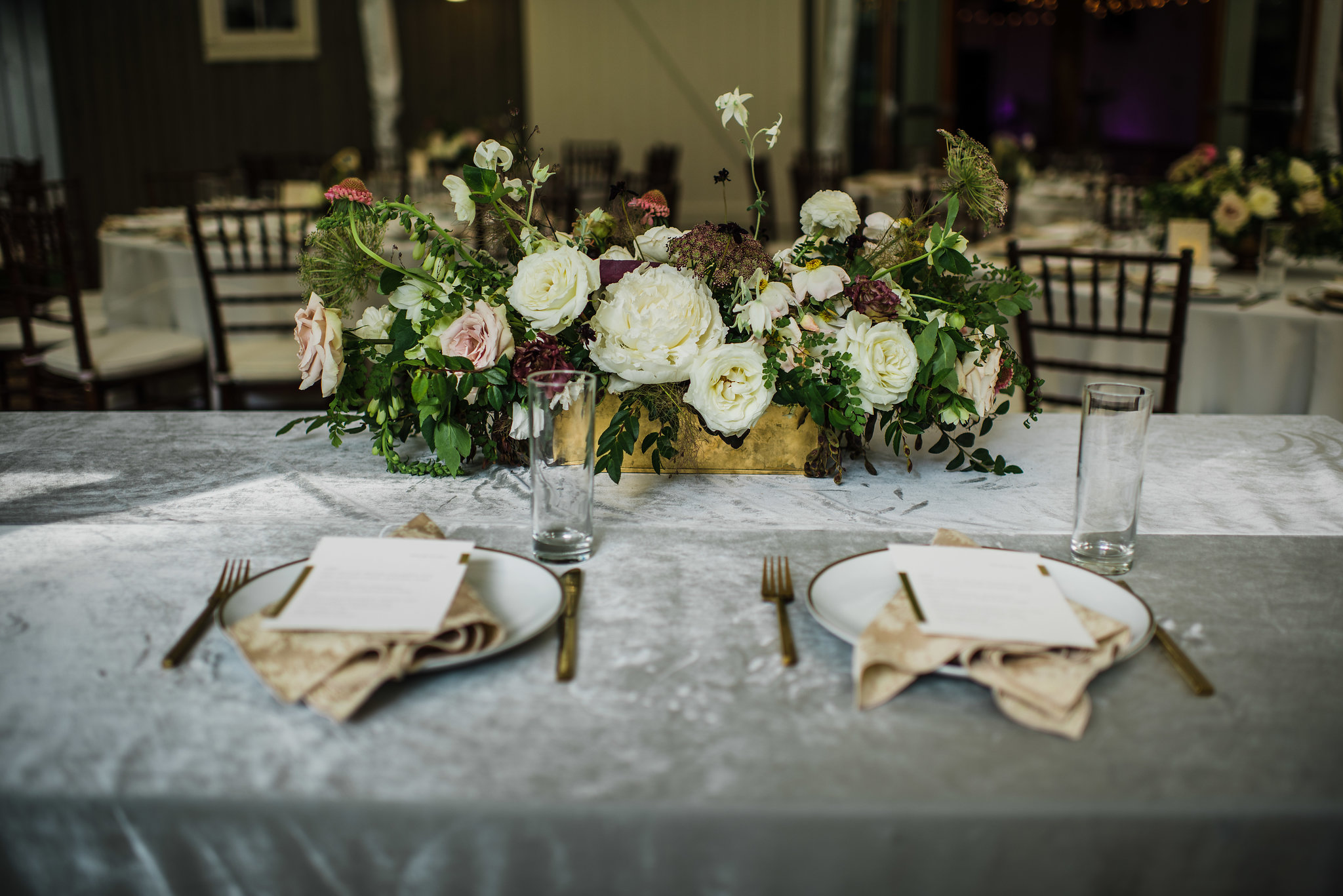 Velvet linens and lush, organic florals for the sweetheart table // Art deco inspired wedding at Travellers Rest, Nashville, TN