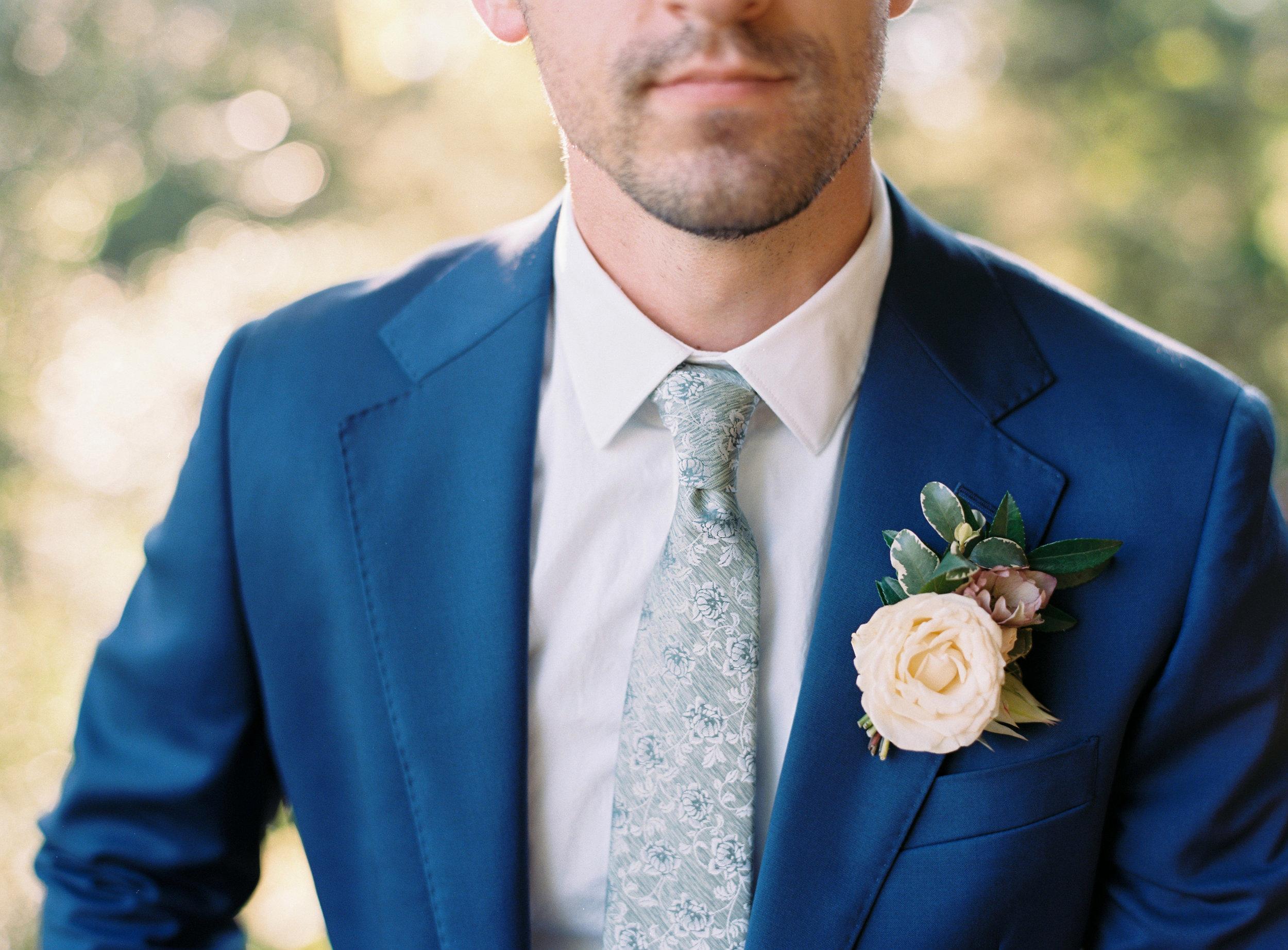 Organic, garden inspired boutonniere // Nashville, TN Wedding Florist