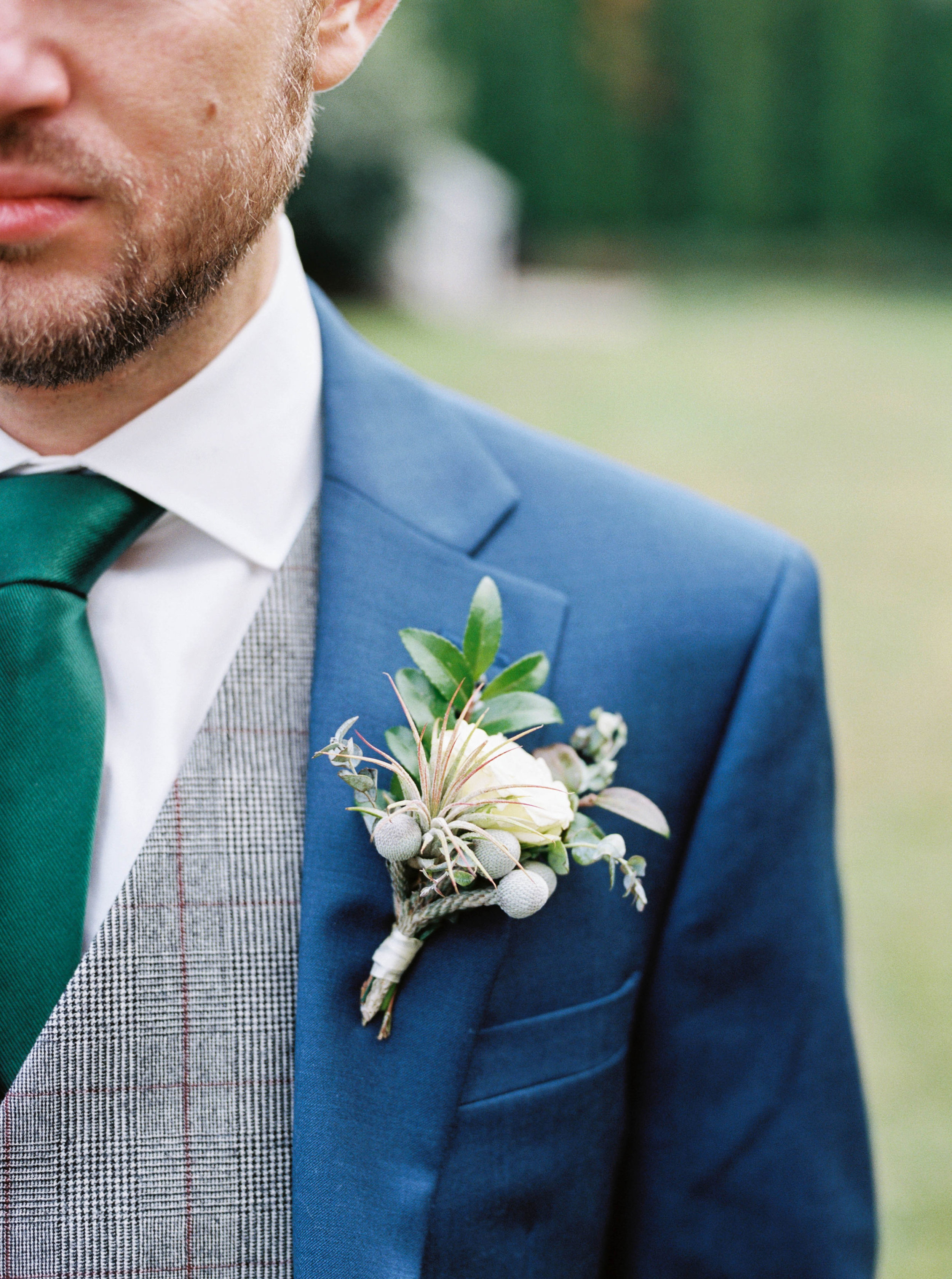 Air plant boutonniere for a fall wedding at the Cordelle // Nashville Wedding Floral Design