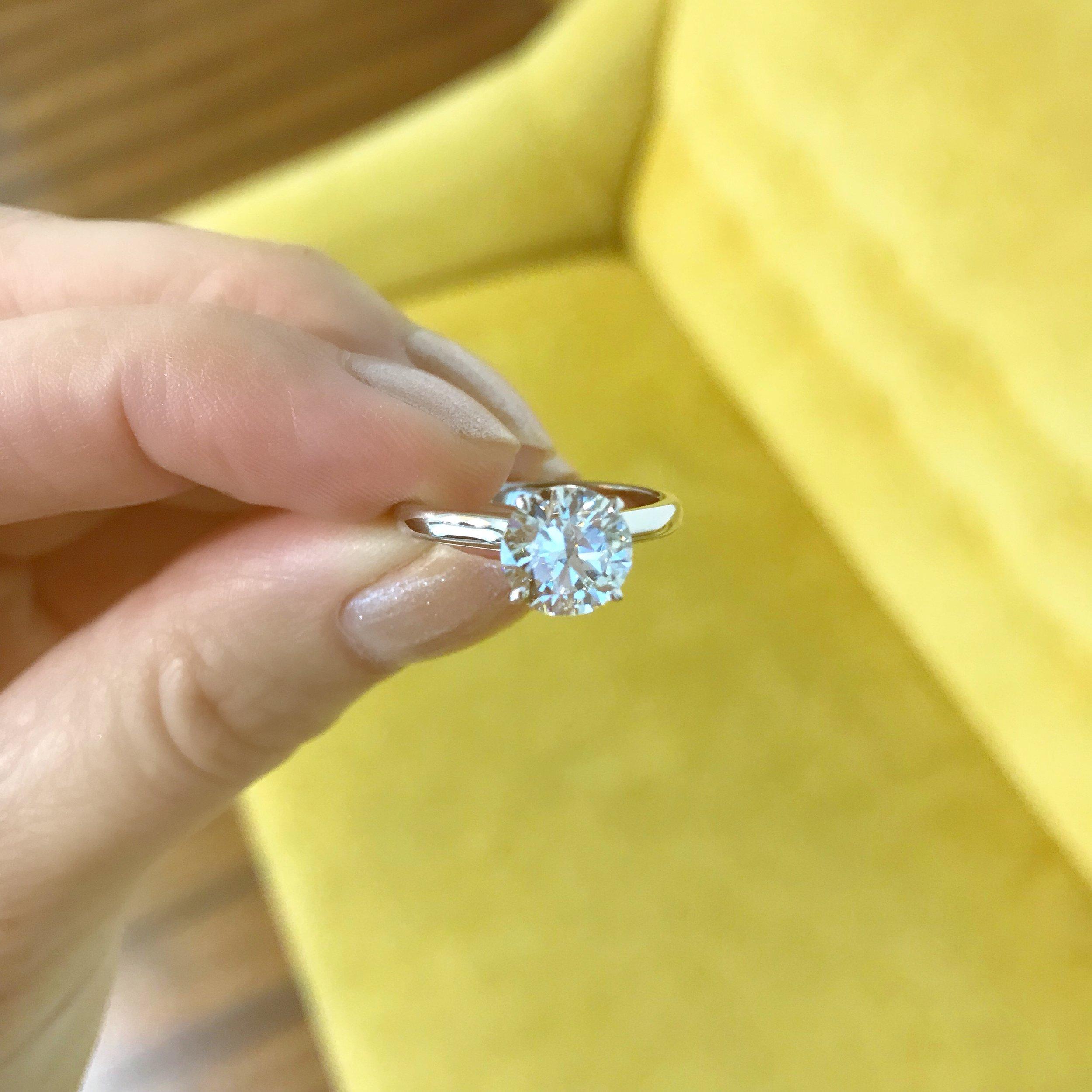 1.8 carat round diamond