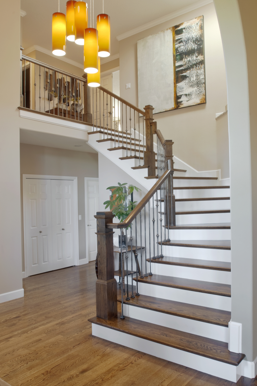 Traditional/Contemporary Stairs