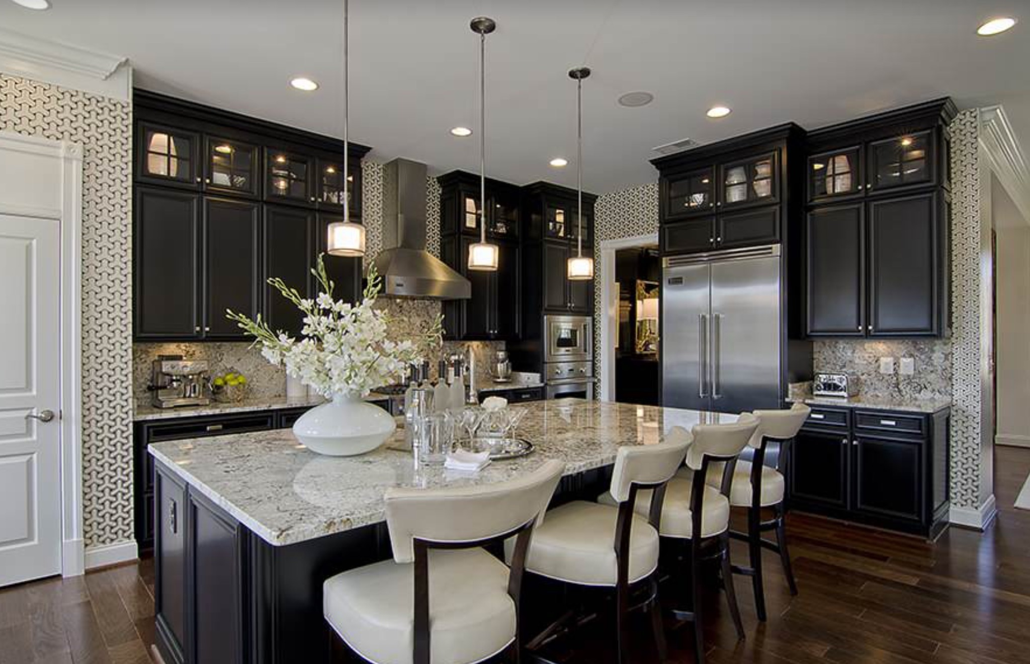 Lights abound in this kitchen - Photography by Maxine Schnitzer Photography