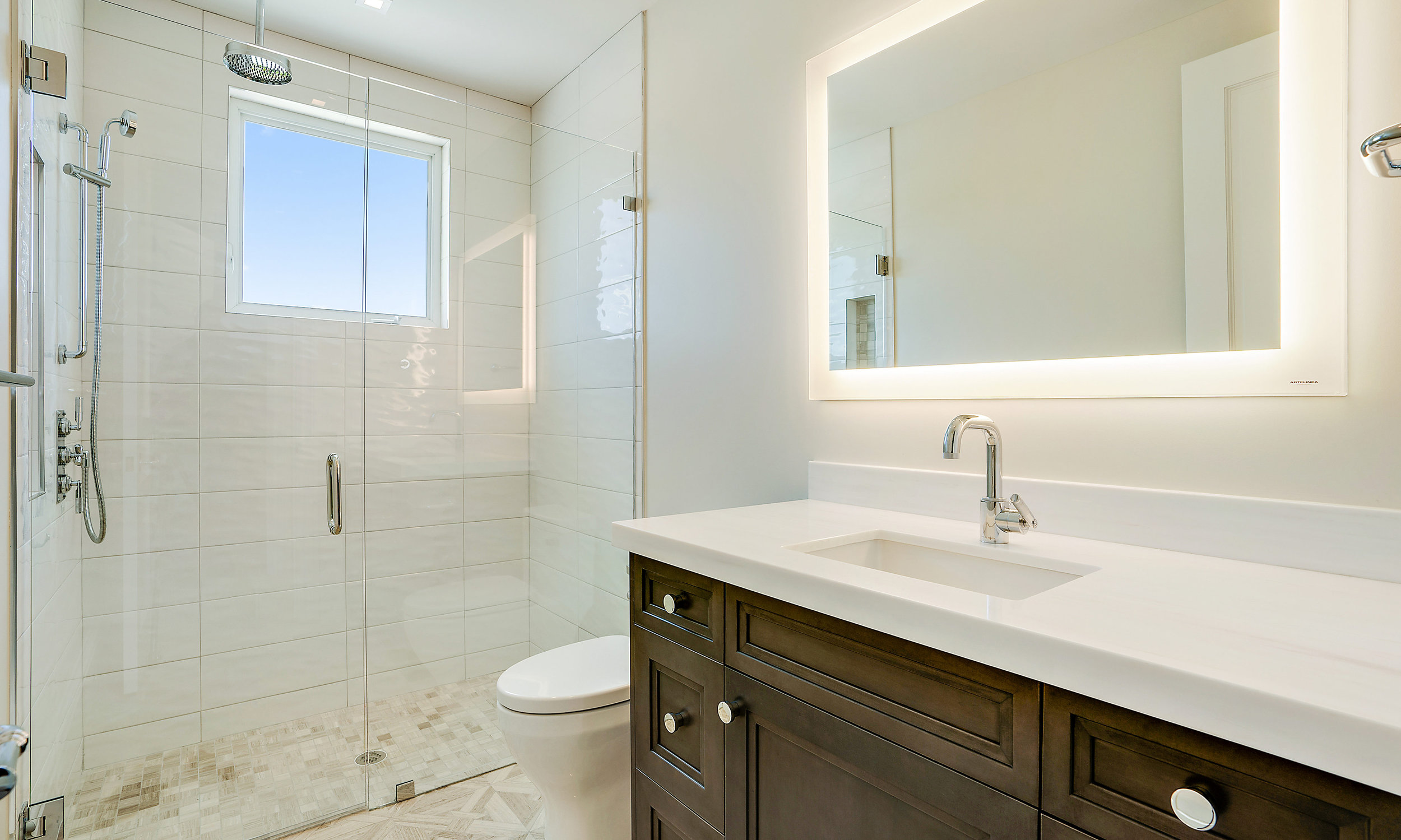 134 Spyglass Ln Jupiter FL-Guest-Bathroom-2.jpg