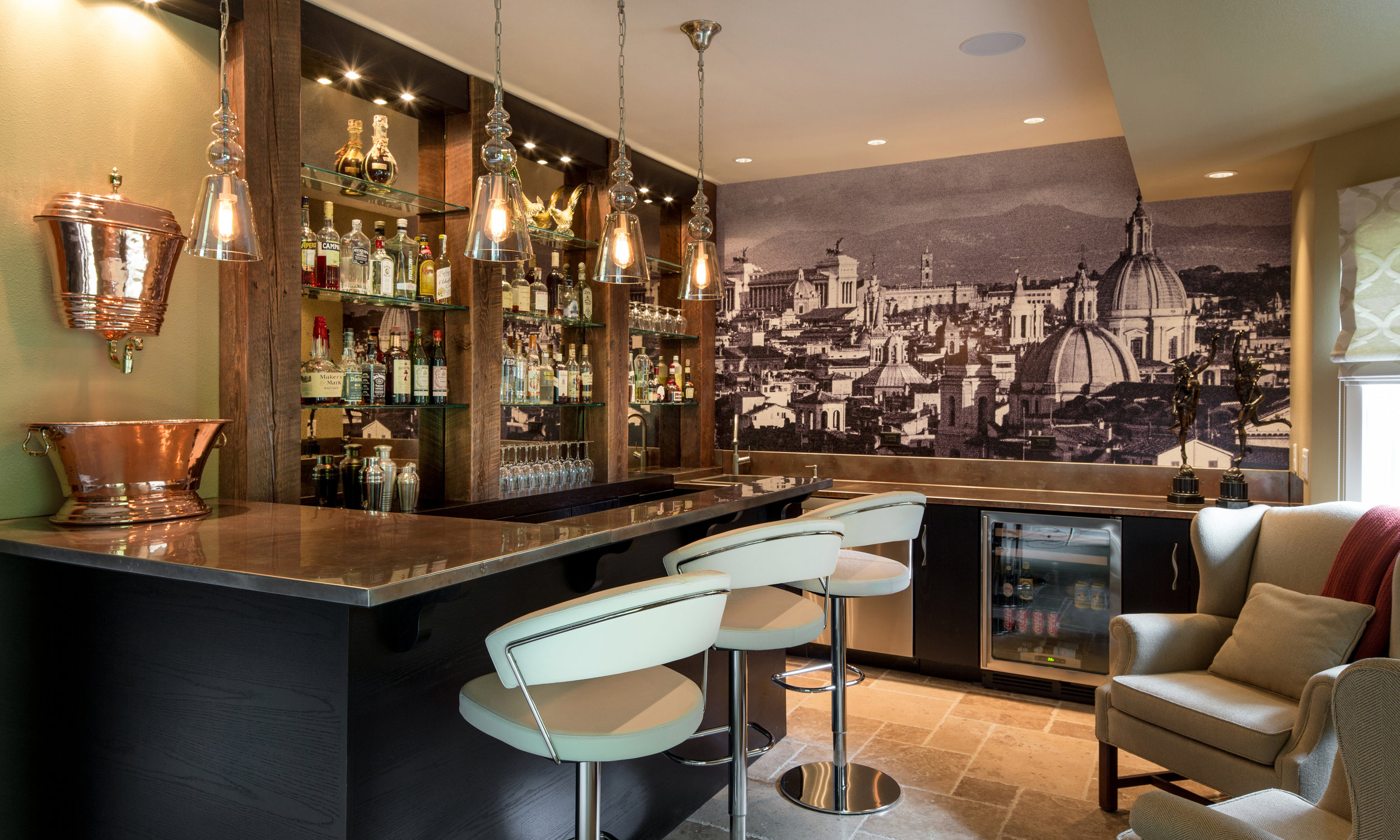 Pheasant-Hill-Basement-Bar.jpg