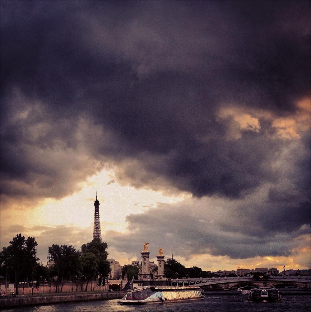Paris.Eiffel_Tower.1.jpg