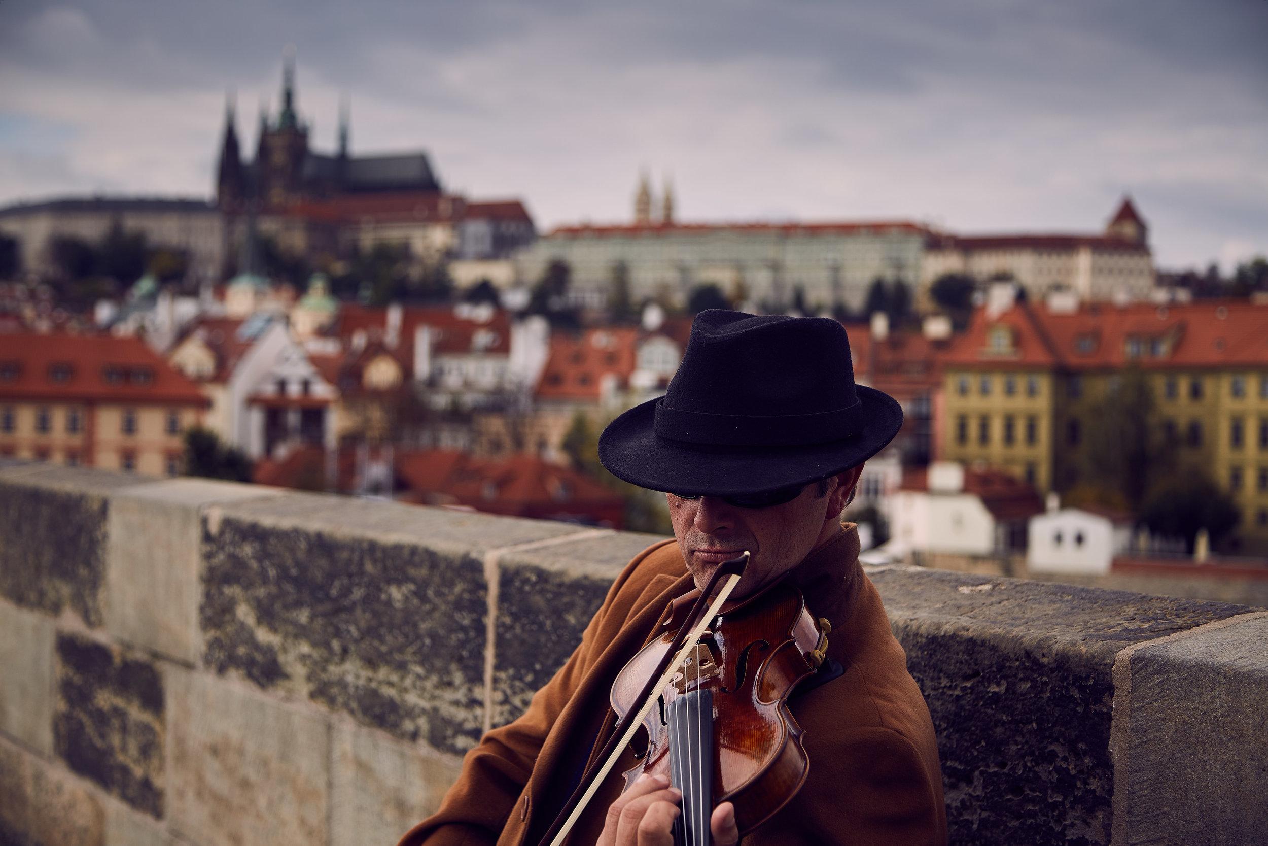 PragueNIGHT.jpg