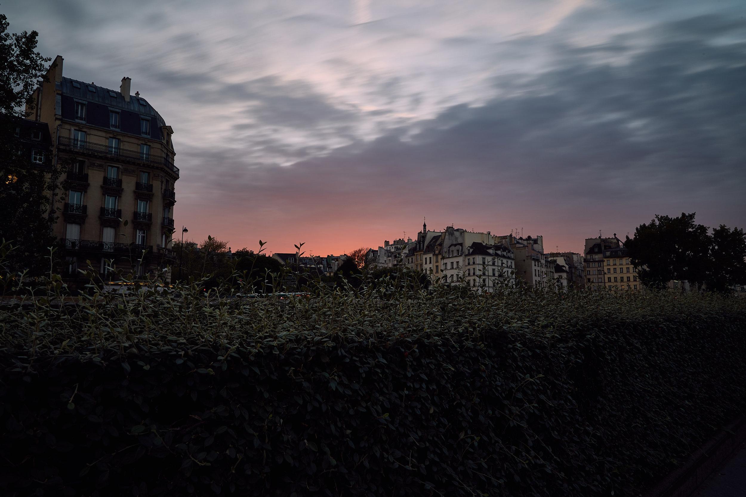 Paris(street) 2.jpg