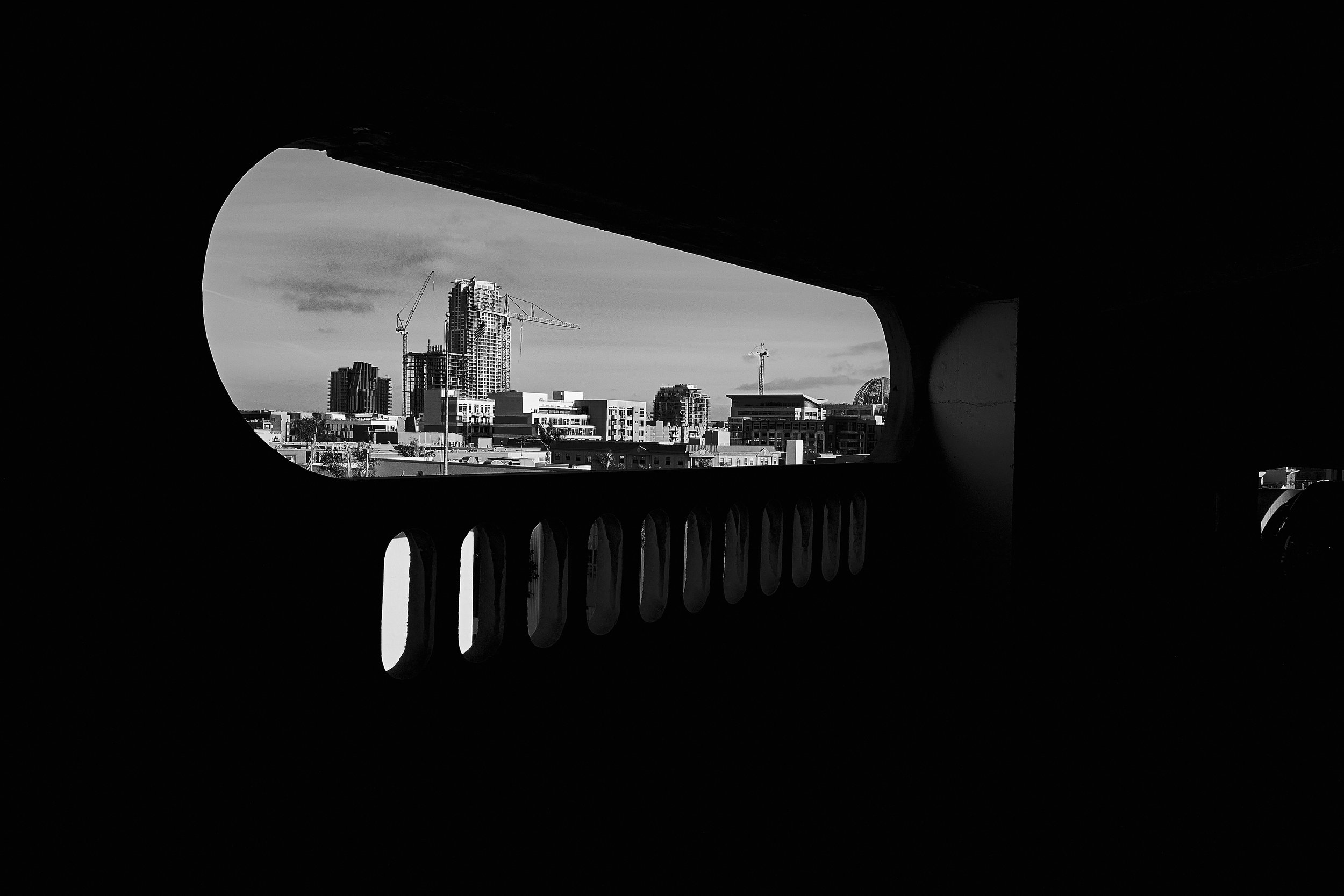 LeicaStreet 6.jpg