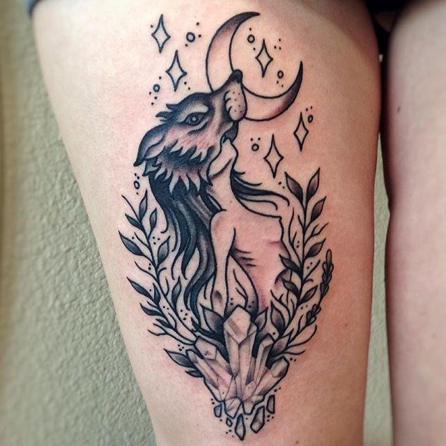 Fun lil tattoo I did for @kaylenaanderson thanks again! 🌙🐺✨