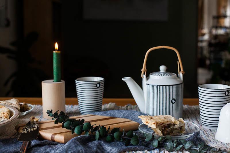 Ferm Living Taper Reversible Holder, House Doctor Porcelain Cups, House Doctor Porcelain Teapot