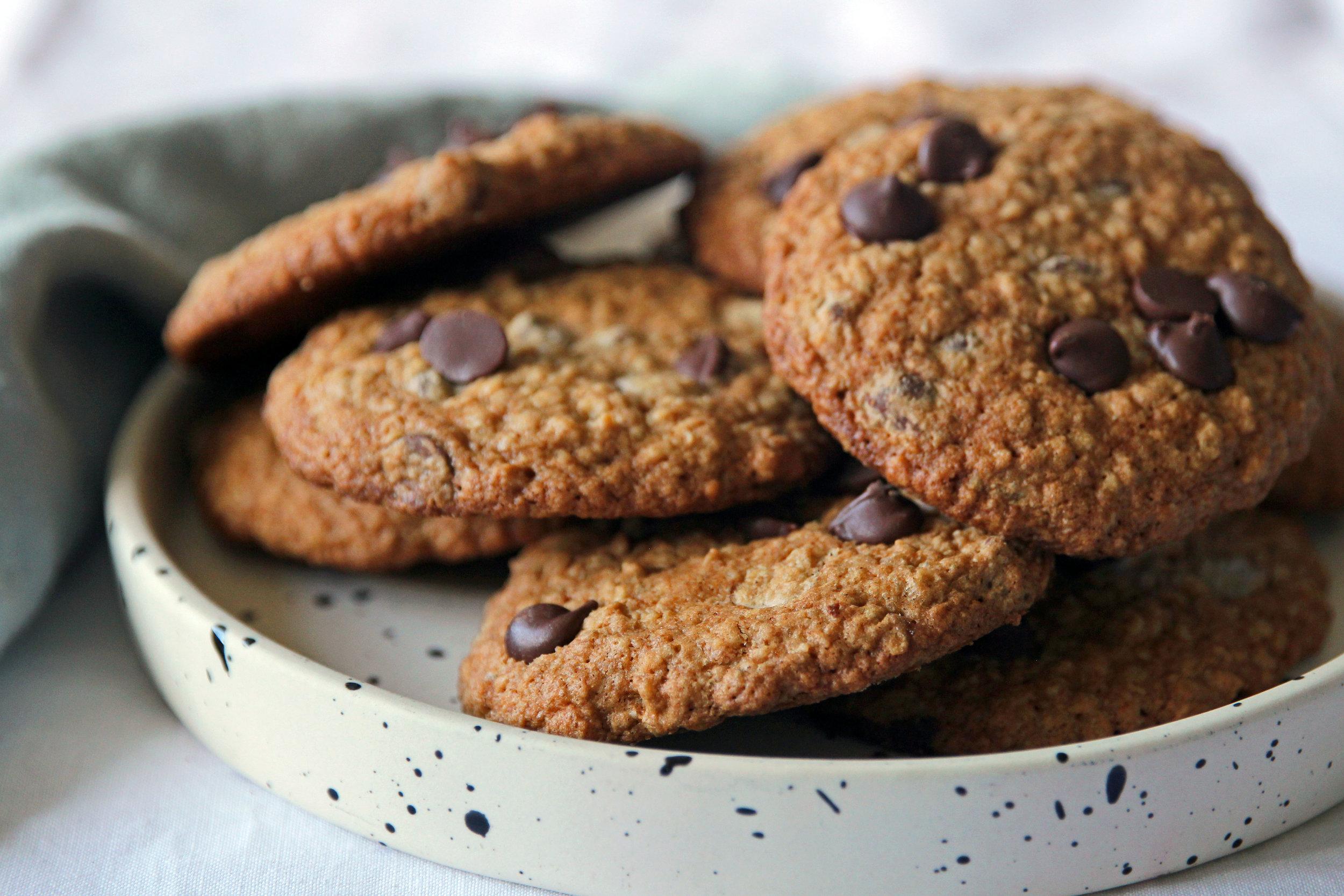 NAUTILUS_VINTAGE_Low Res_Oaty Chocolate Chip Cookies.jpg
