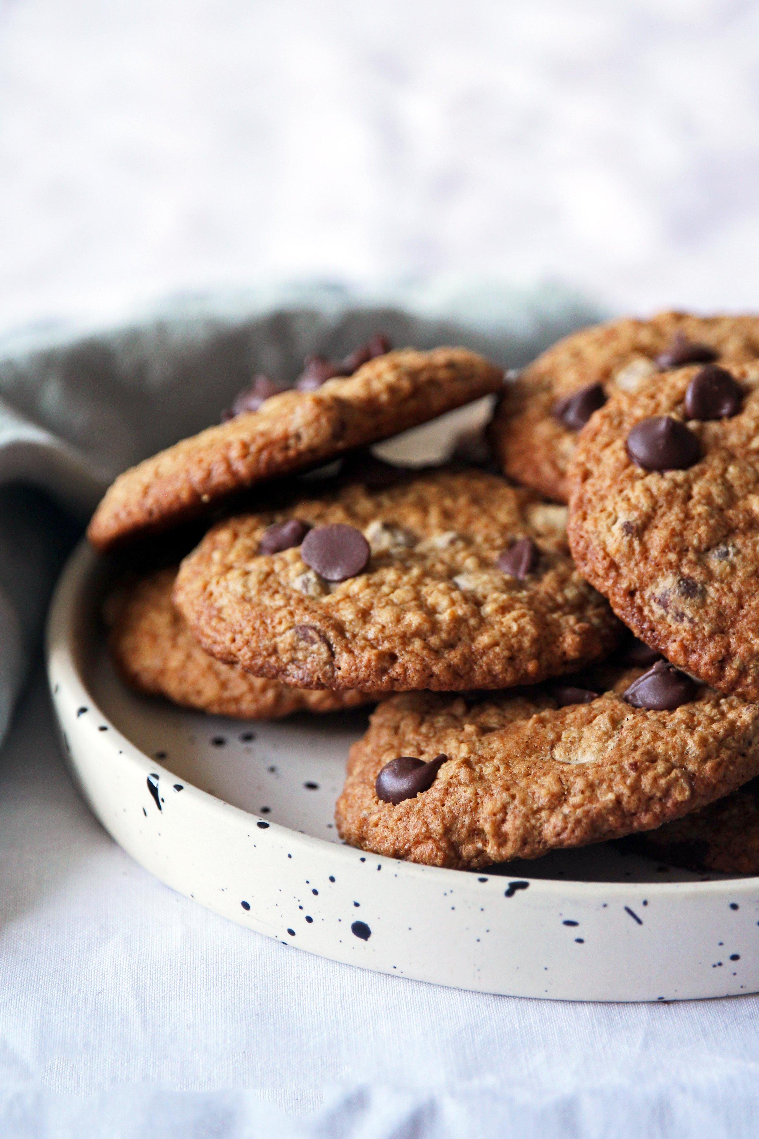 BLOG_OATY choc chip cookies.jpg