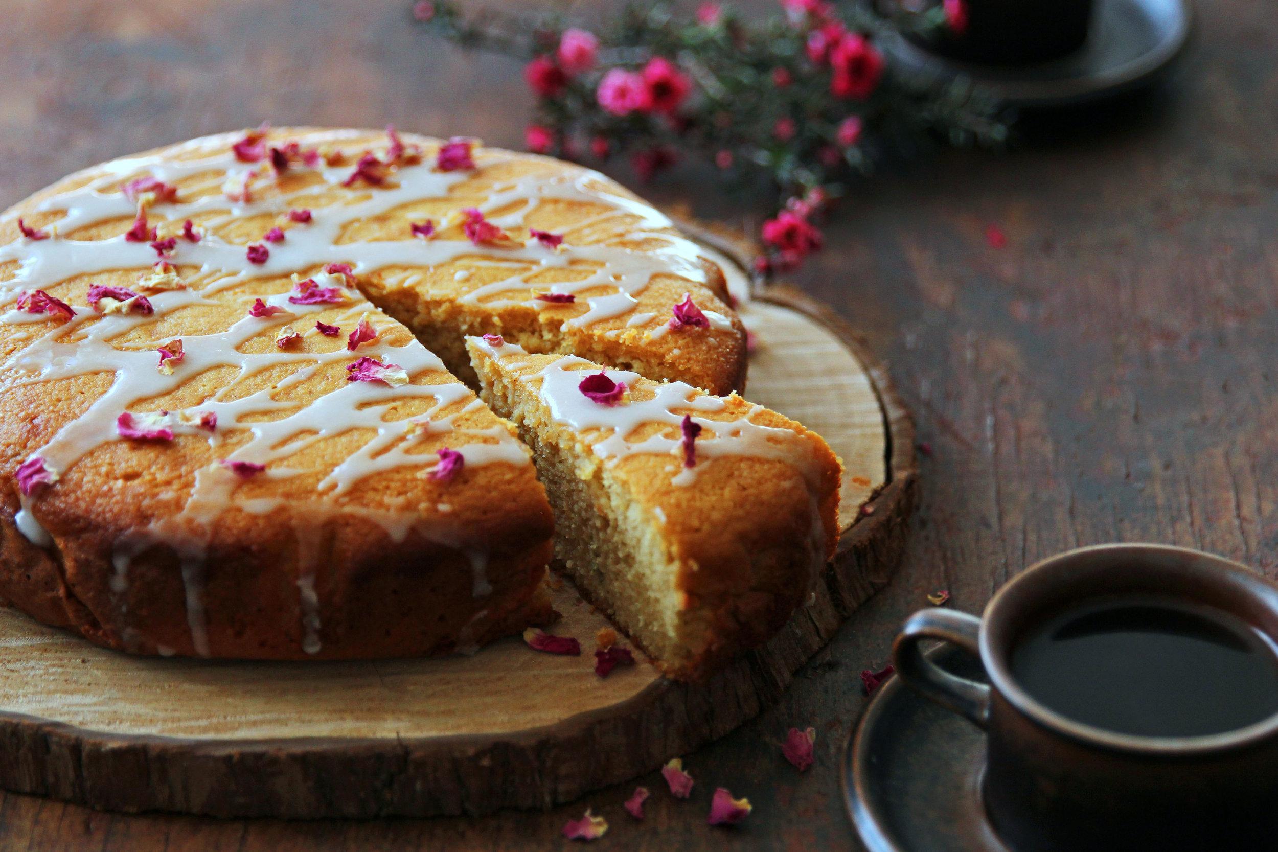 Borges_Olive oil lemon rosemary honey yohurt cake5.jpg