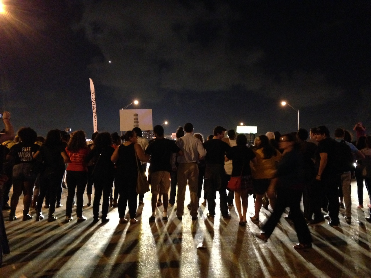Hyperallergic:Hundreds Take to the Streets to Seek Justice for Artist Killed by Miami Police