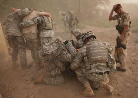 js24w_soldiers_wideweb__470x334,0.jpg