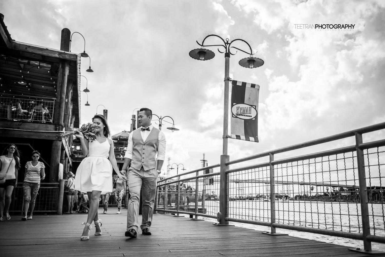 kemah-boardwalk-engagement-2.jpg