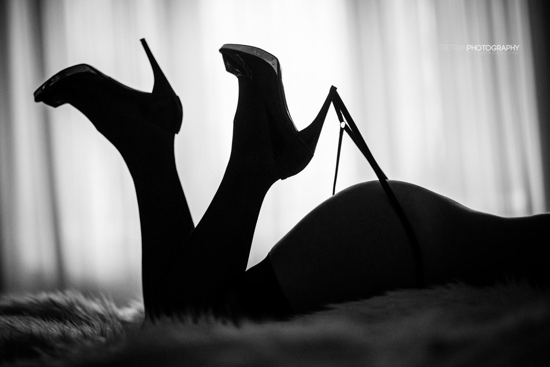 silhouette-gstring-1.jpg