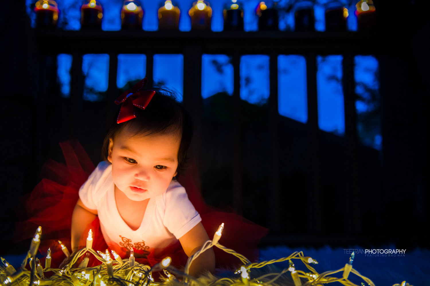 xmas-lights-children-1.jpg