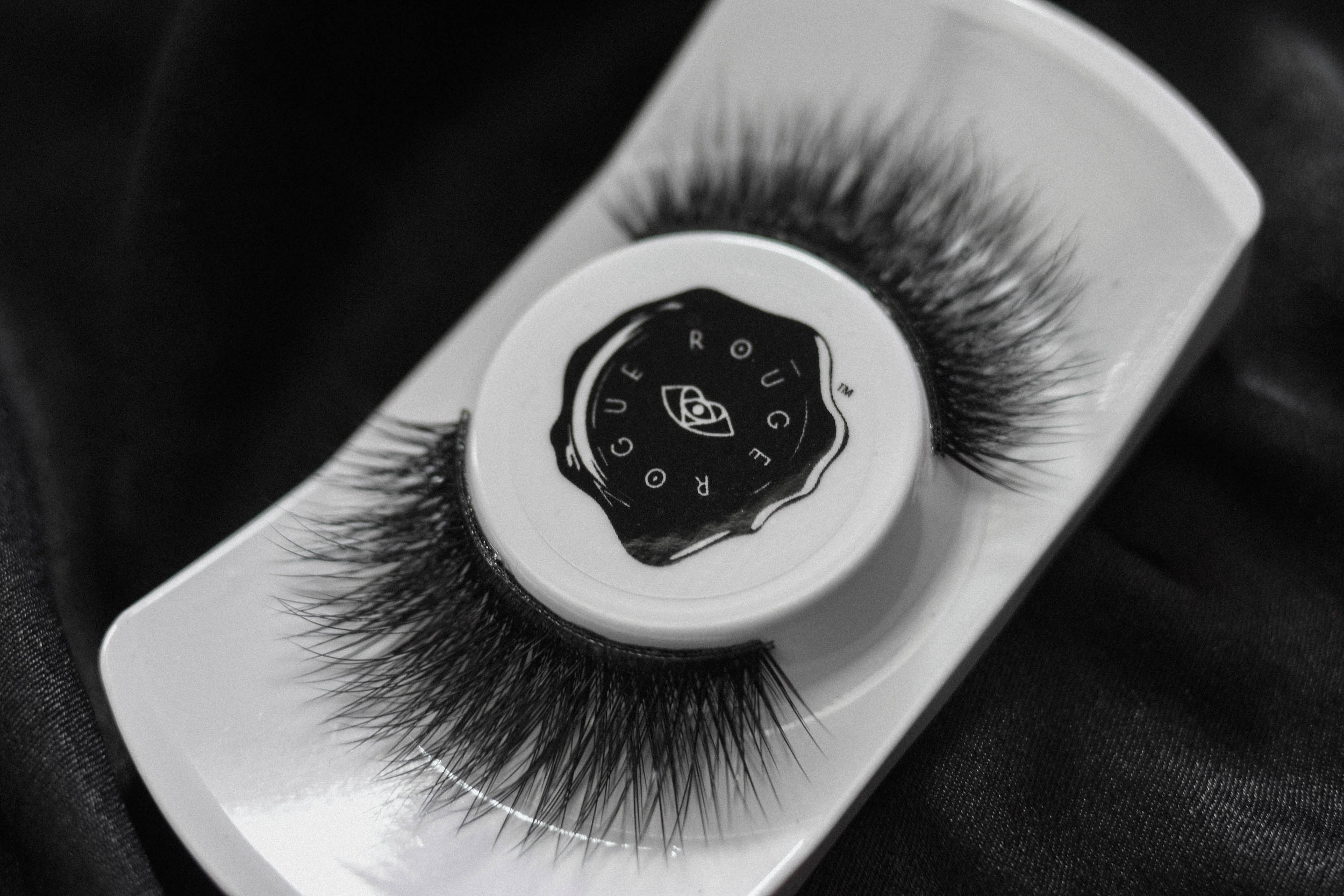 Eclipse   Moonlight chasers beware, this lash is so full – get ready for an 'Eclipse'! Mega volume, mega length and mega drama unite in this multi-tiered, dual tapered plush style that integrates our Infinite Volume technology ™, for the ultimate alluring stare. Eclipse will let your eyes shine, but block out the haters.