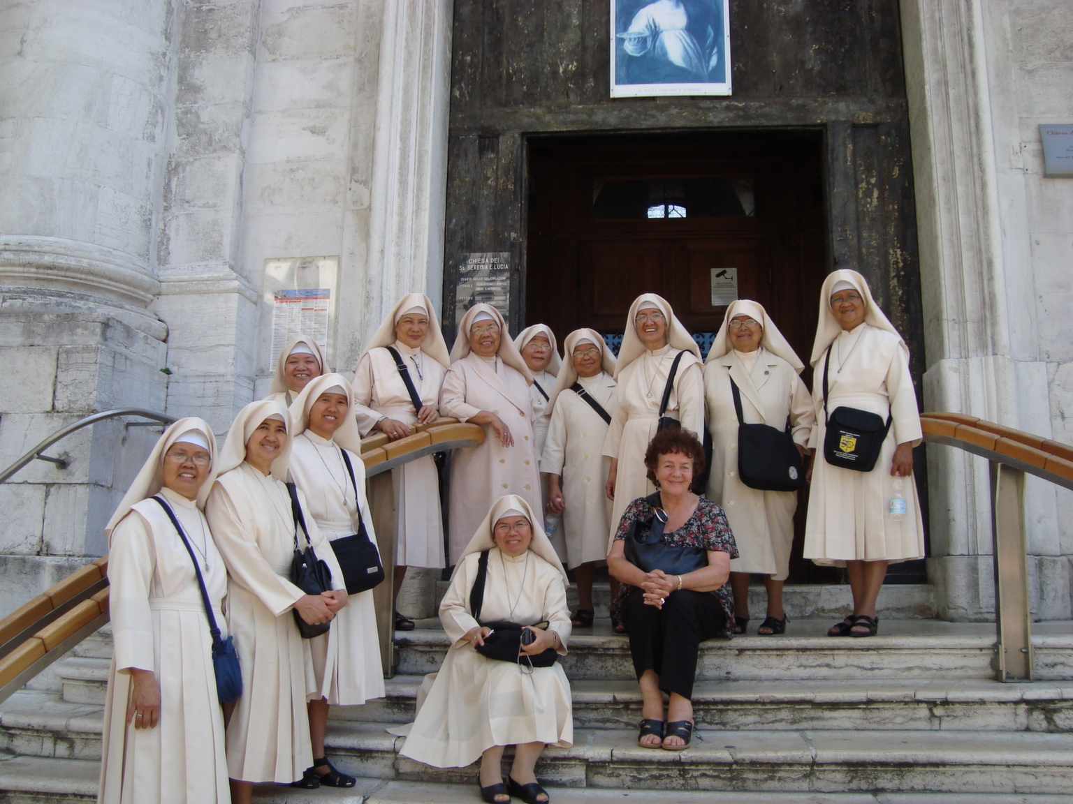 Swollen ankles and a flock of nuns, Venice 2011