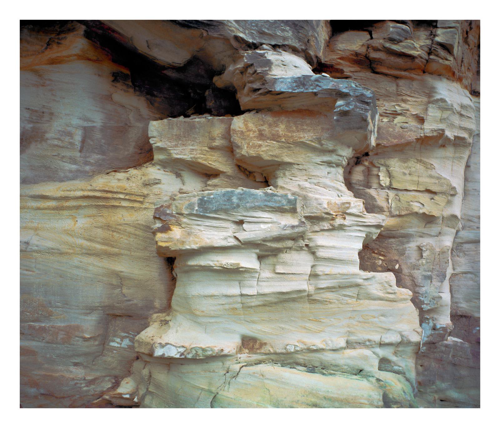 TasmaniaBrunysandstone.jpg