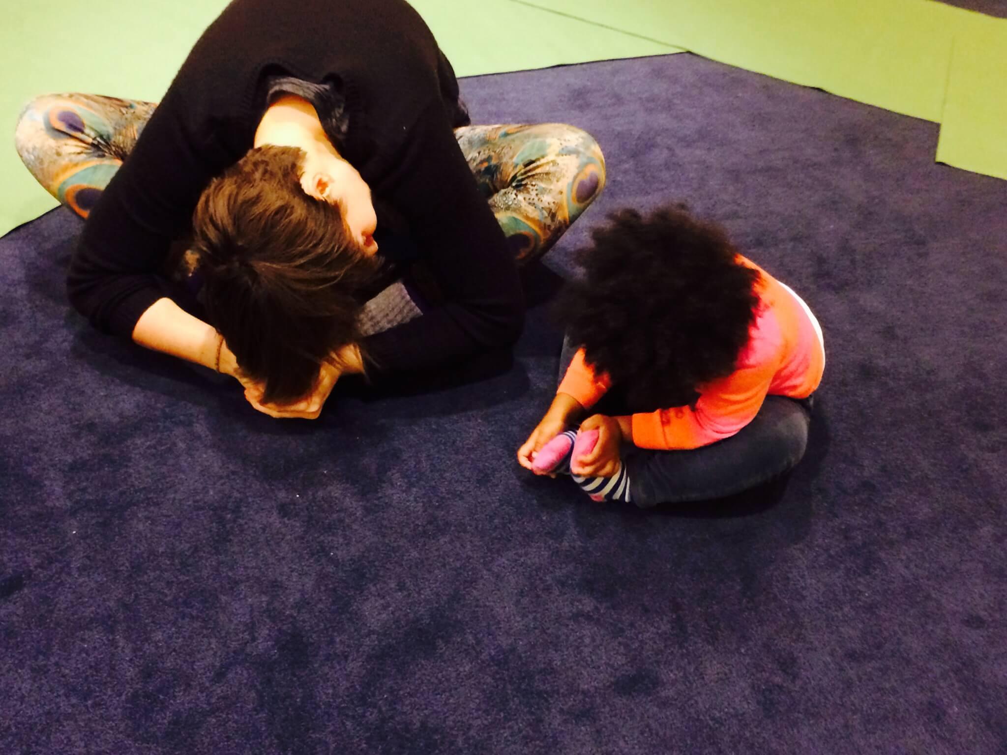 Yoga benefits for kids and teachers - YRM