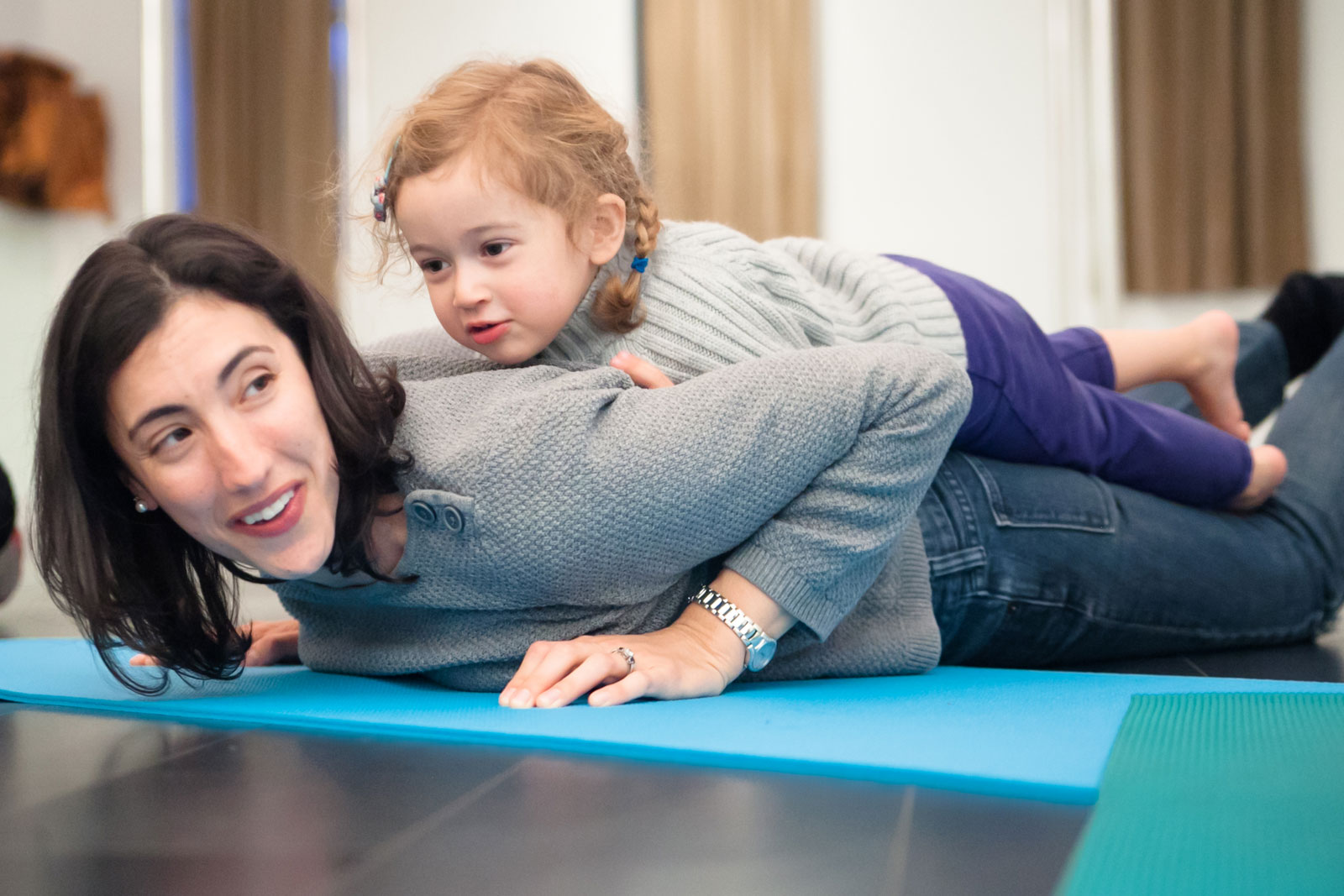 Mommy and me yoga for toddlers