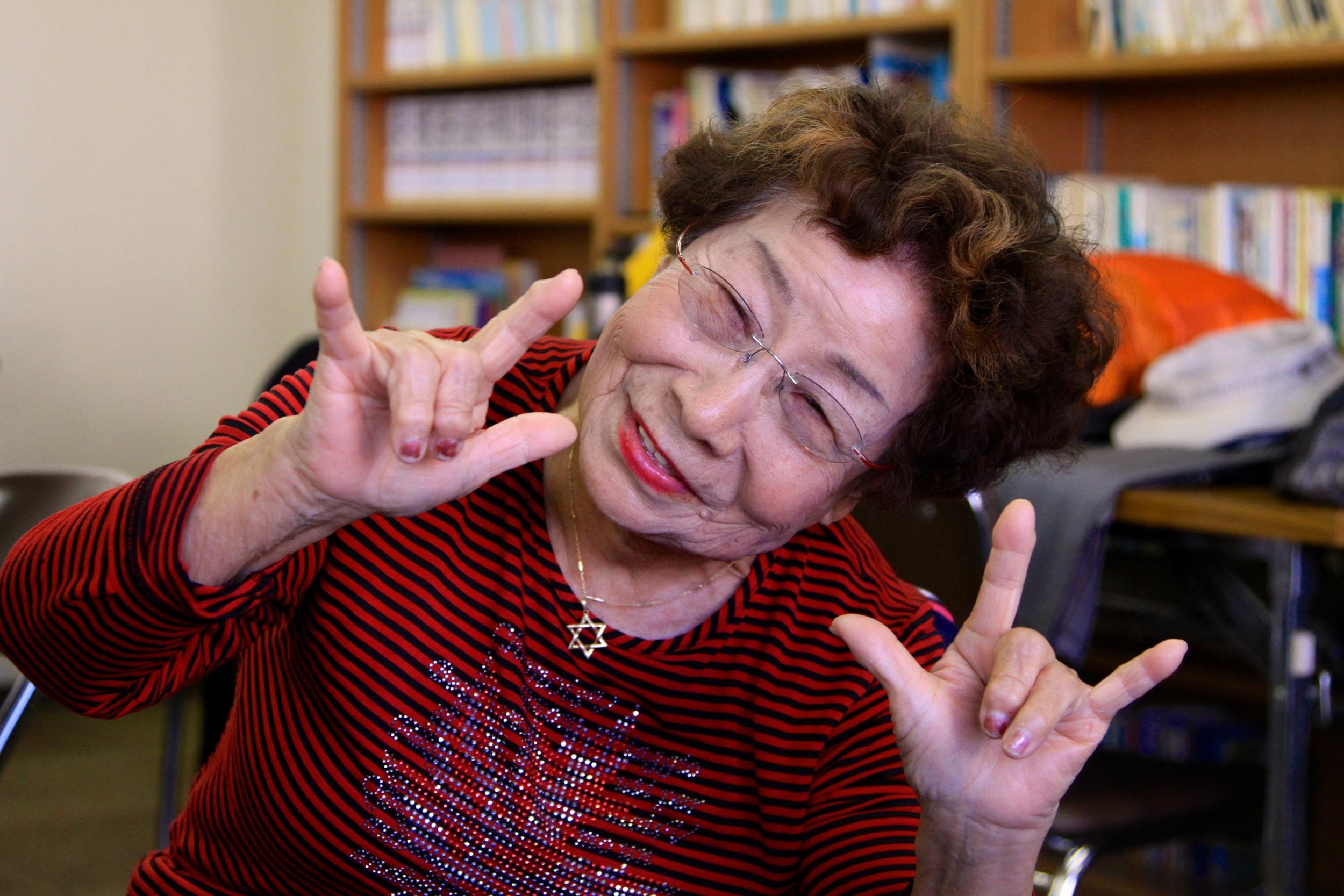 Deaf Homae-san 91.jpg