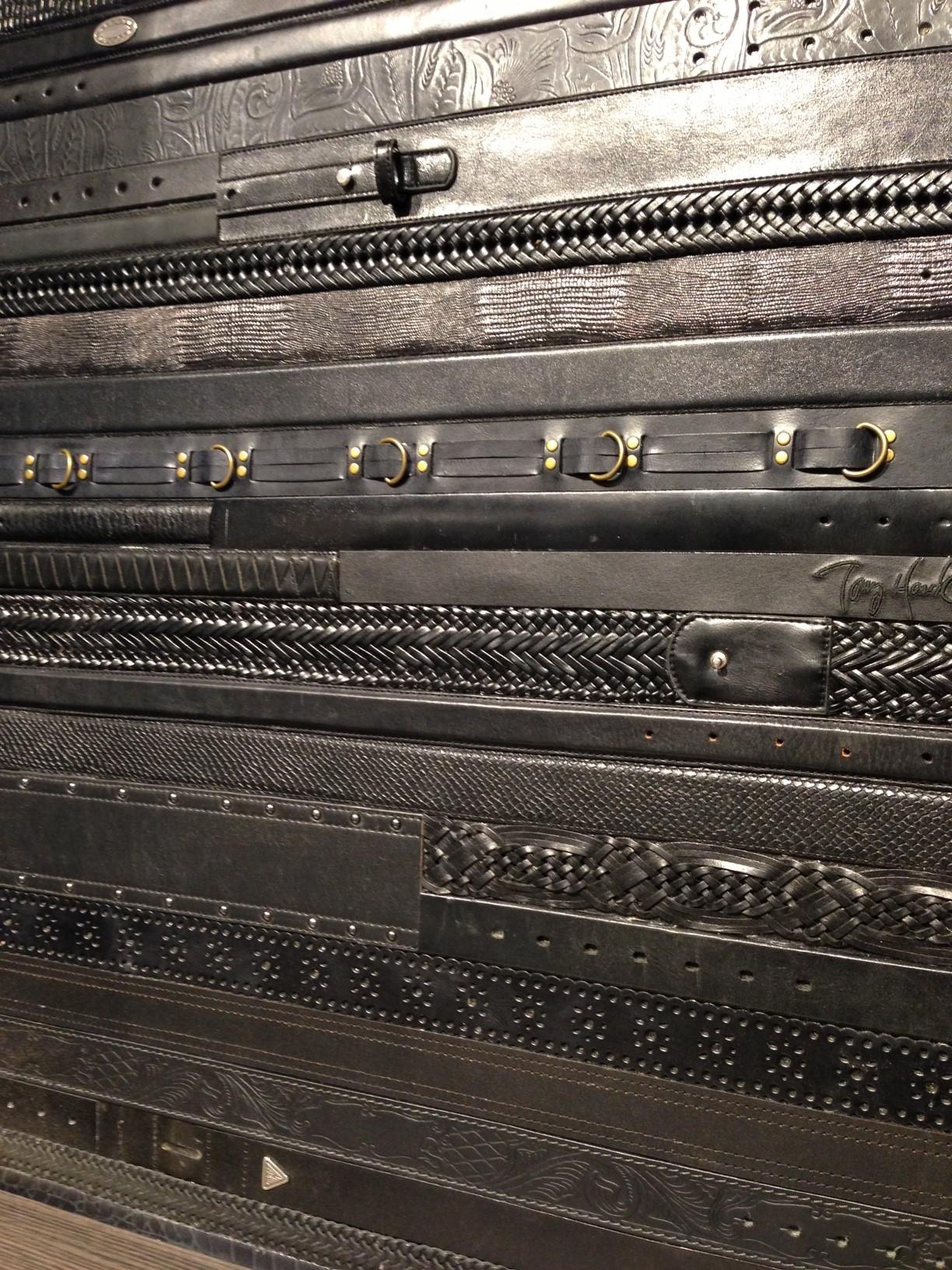 Close-up leather belt panel - black (1) (1).JPG