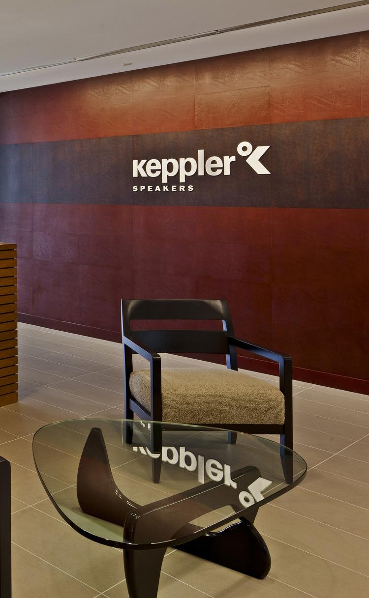 EcoDomo+Corporate+Feature+Wall+&+Desk+-+Virginia (1).jpg