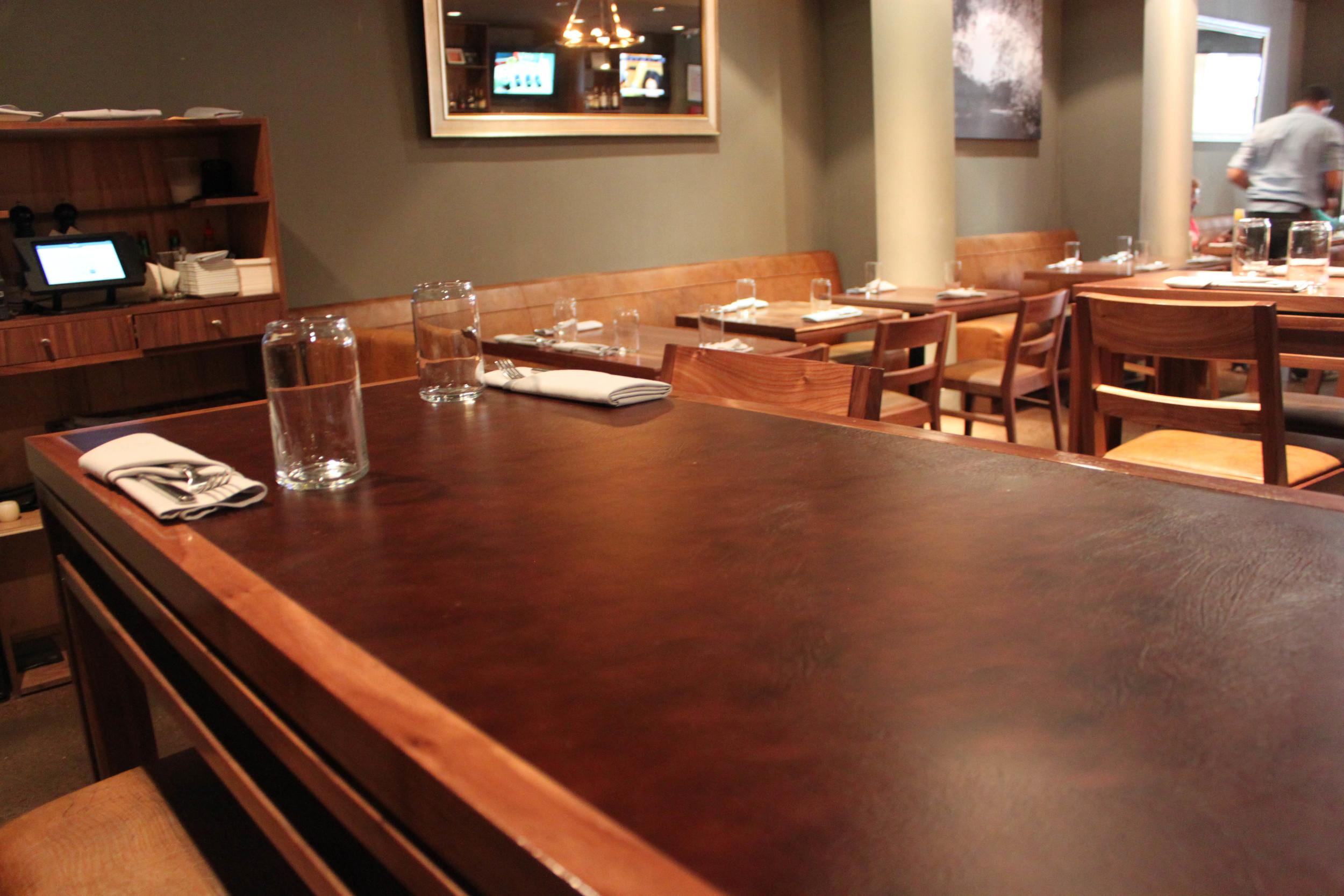 EcoDomo - Table Top - Restaurant - Mahogany buffalo.JPG