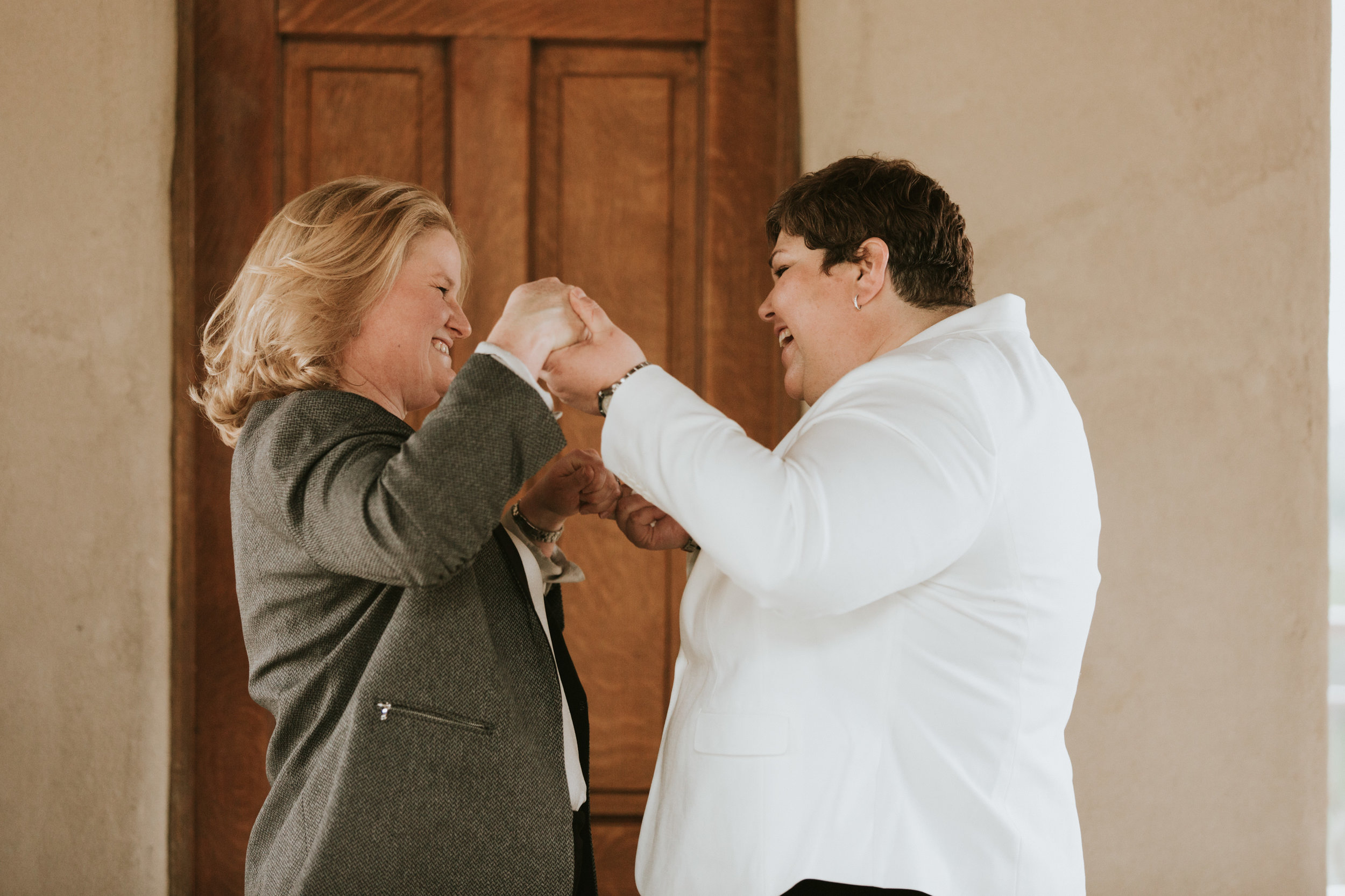 Mari and Johanna Wedding - Diana Ascarrunz Photography-367.JPG