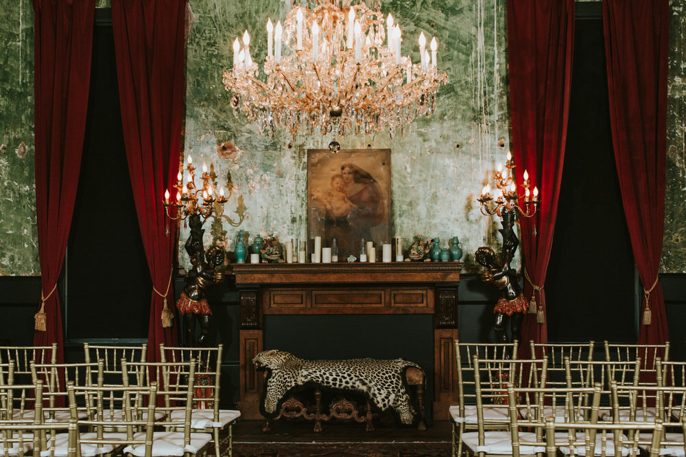 Palazzo Lavaca Wedding Photography, Austin Wedding Venue, Texas Wedding Photographer, Austin Wedding Photographer, Non-Traditional Austin Wedding, Texas Wedding Photography, Witchy Wedding, Glamour Wedding