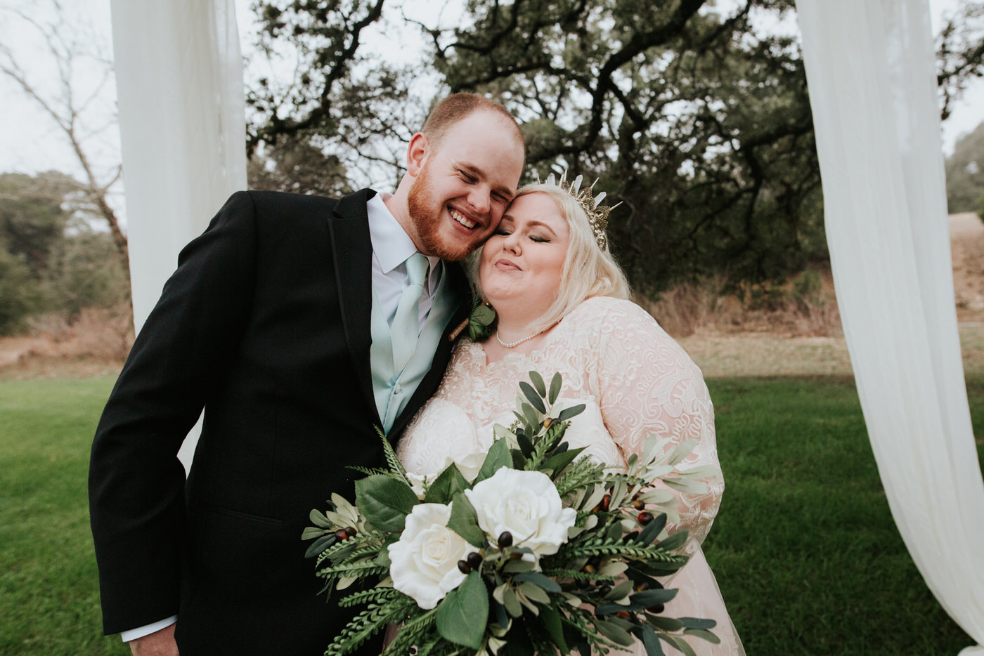 Bride with wedding guest at Austin wedding